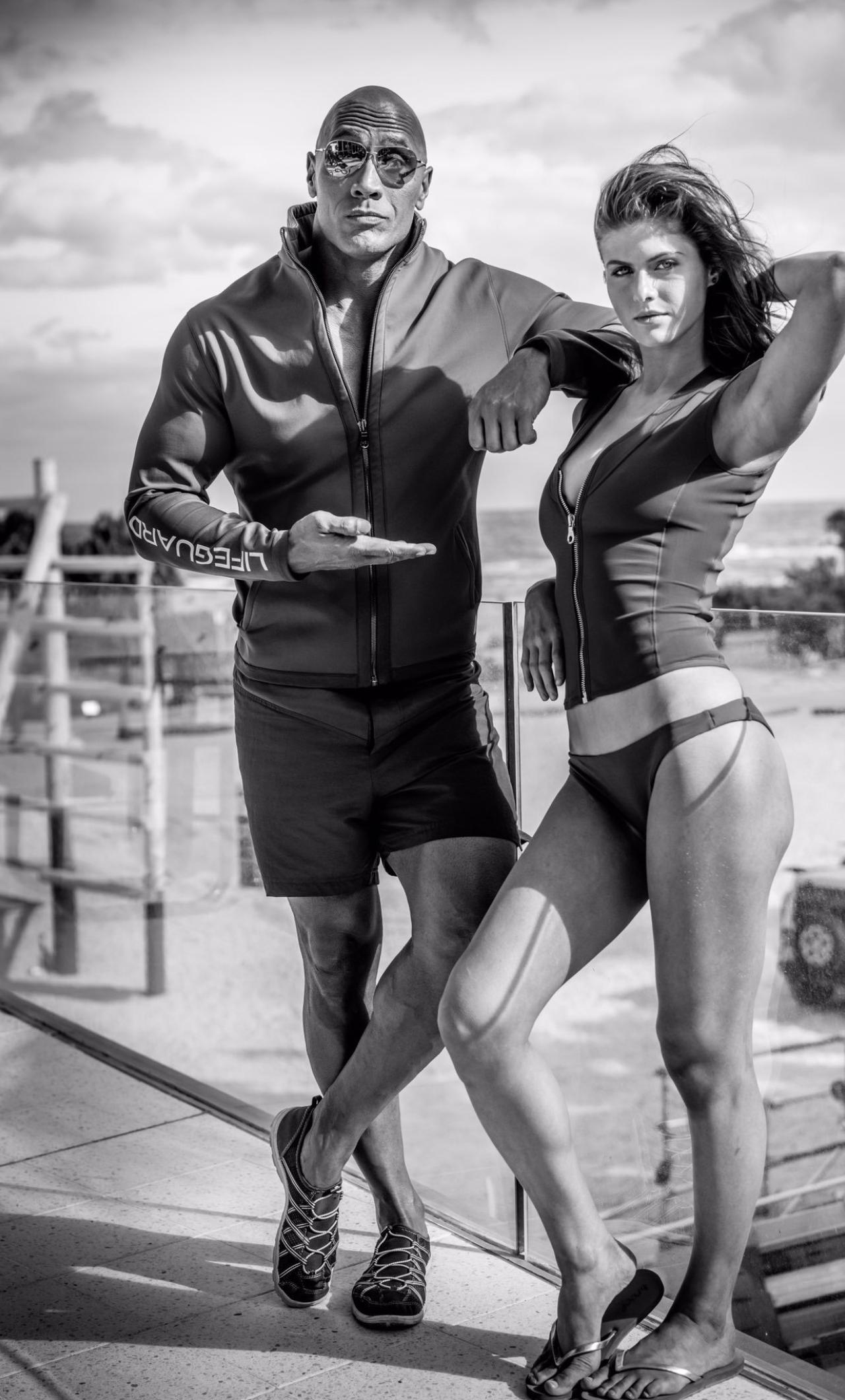 Alexandra Daddario And Dwayne The Rock Johnson Black White HD