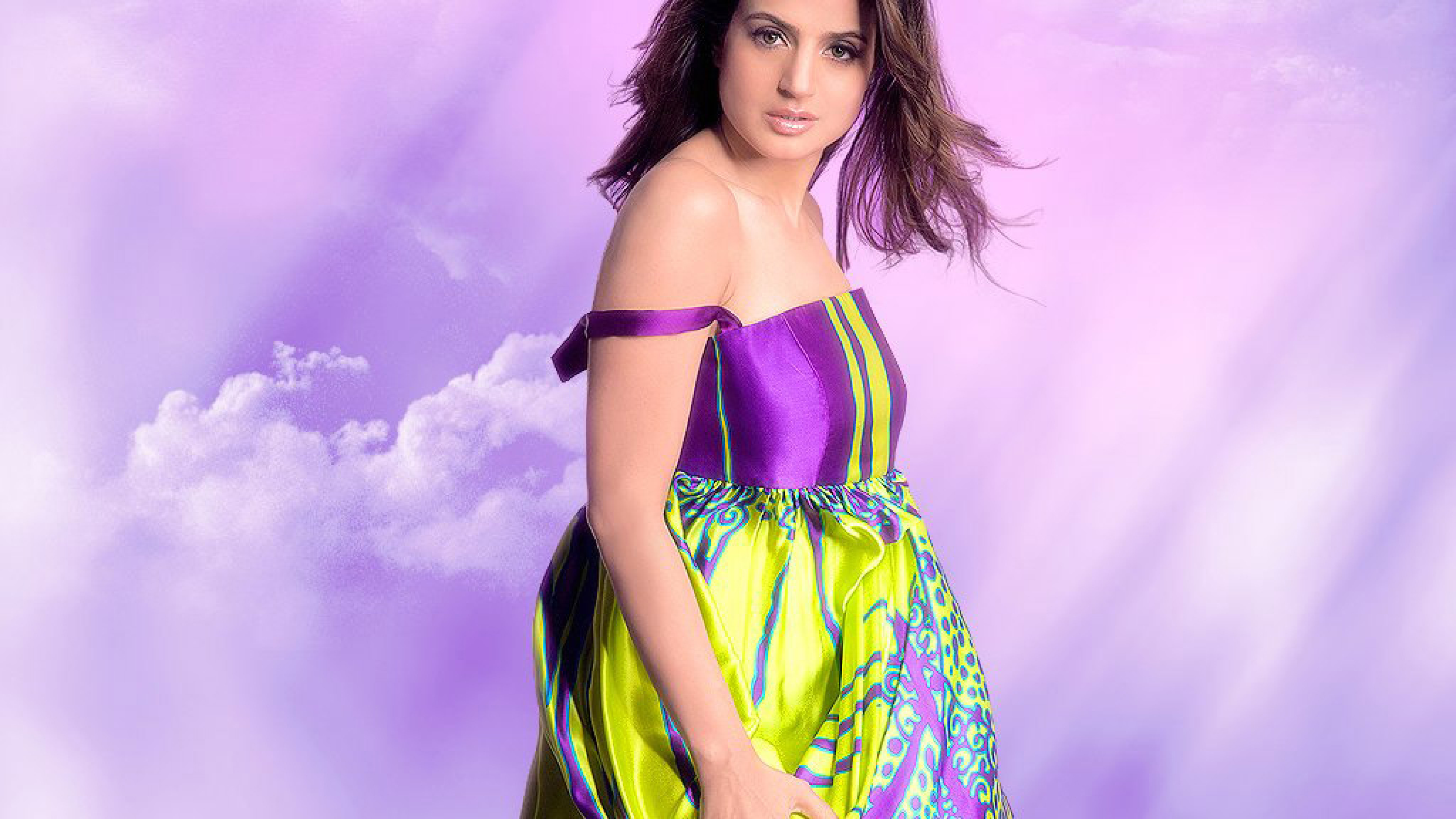 Fukrey Look: Ameesha Patel HD Wallpaper 2013