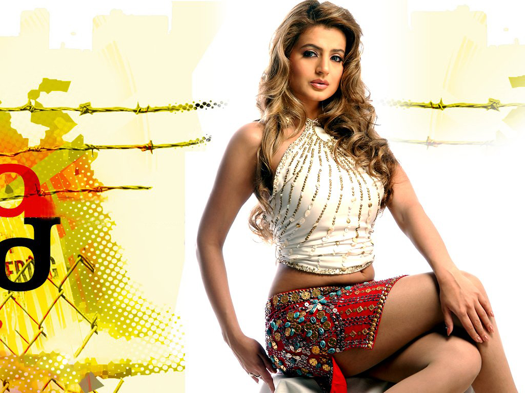Ameesha Patel Hot Sexy Photos ameesha patel sexy hd pics wallpaper, hd indian celebrities