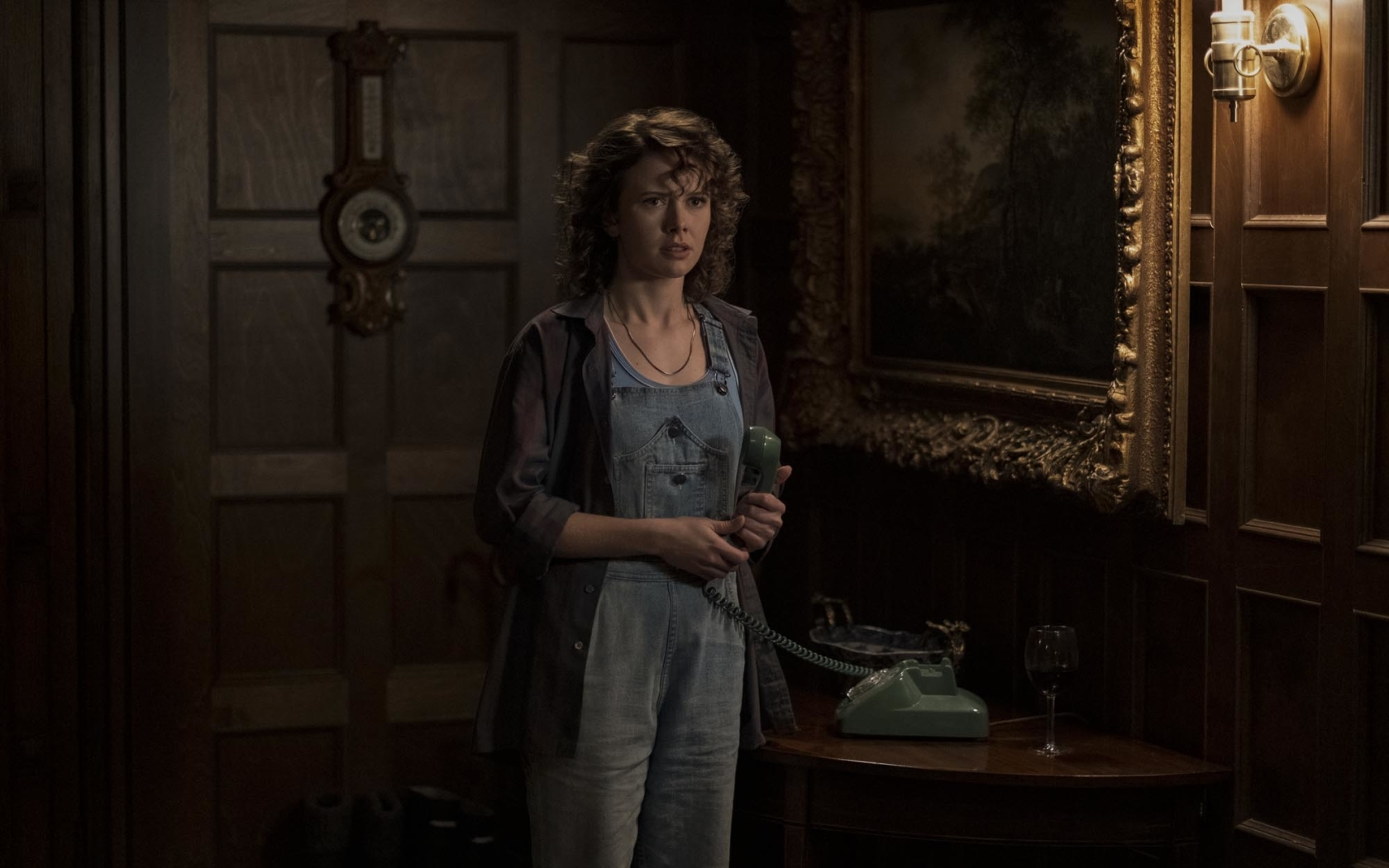 Amelia Eve in The Haunting of Bly Manor Wallpaper in 1680x1050 Resolution