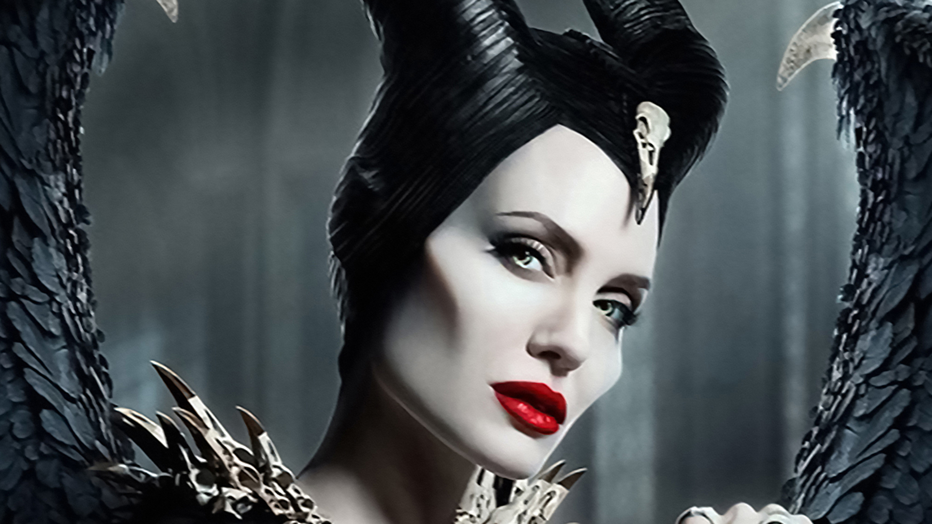 Great Thing of the Day: See Angelina Jolie in the New