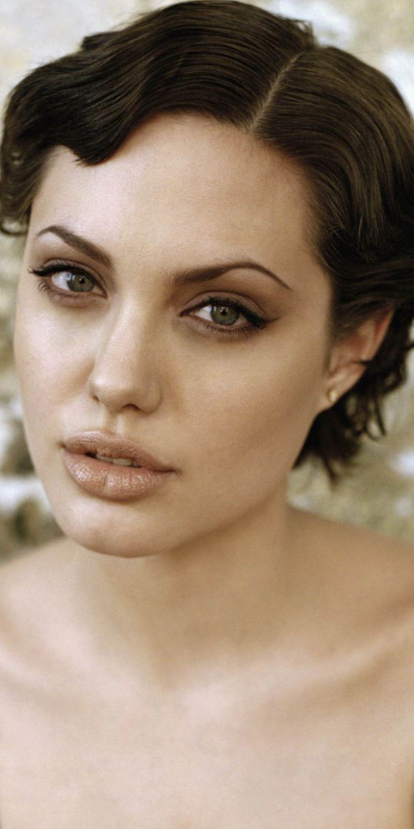 1440x2880 Angelina Jolie Short Hair Style Wallpaper 1440x2880 Resolution Wallpaper Hd Celebrities 4k Wallpapers Images Photos And Background