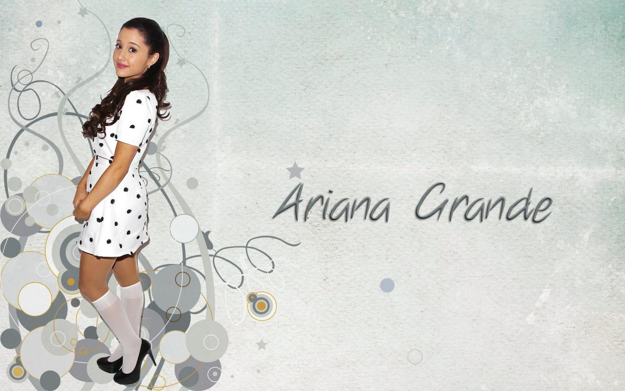 Ariana Grande Wallpaper 2014