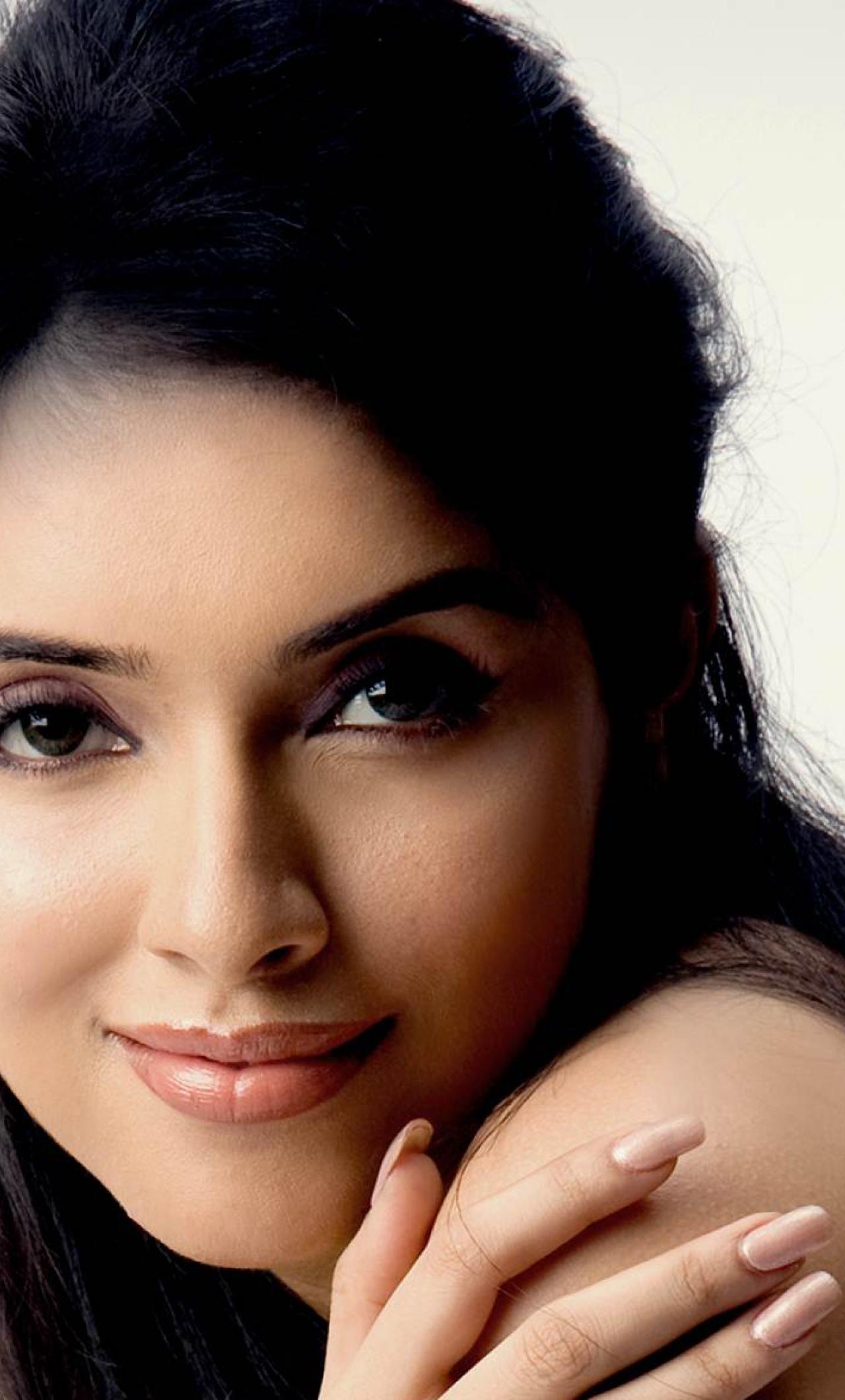 Actress tamil Hot and