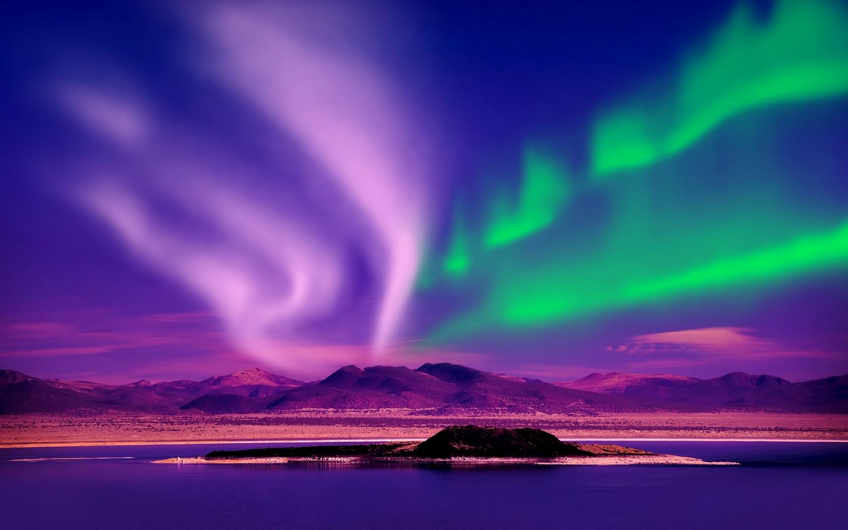 1680x1050 Aurora Borealis Canada 1680x1050 Resolution