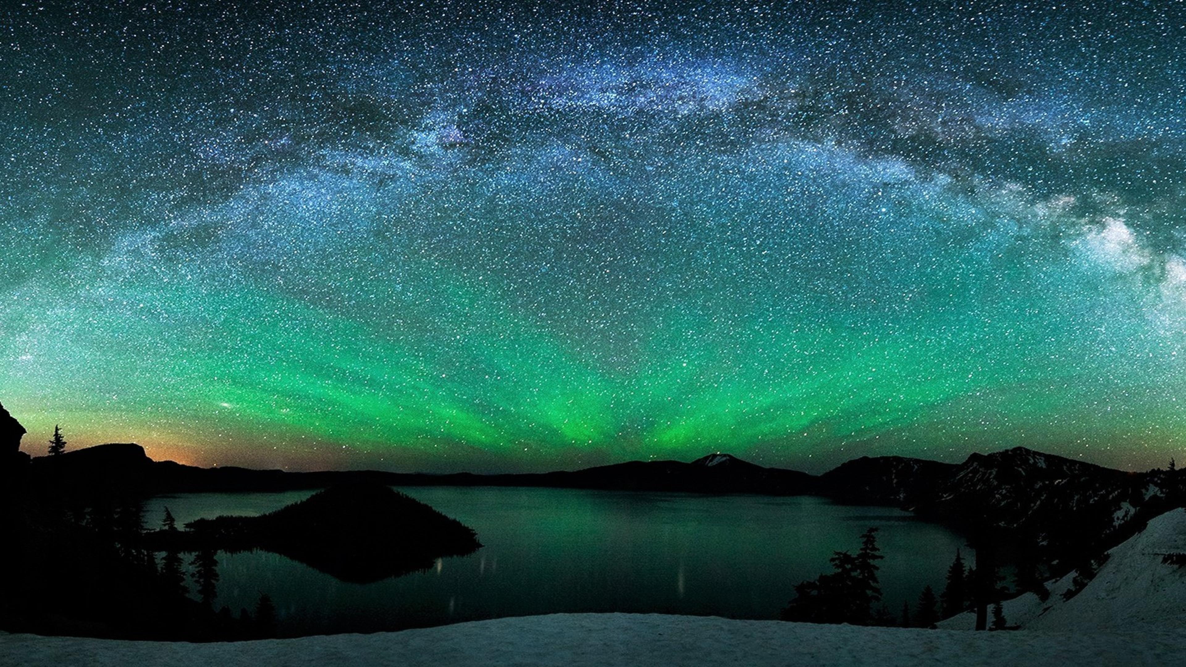 4k Hd Wallapaper: Aurora Borealis Over Winter Lake, Full HD 2K Wallpaper