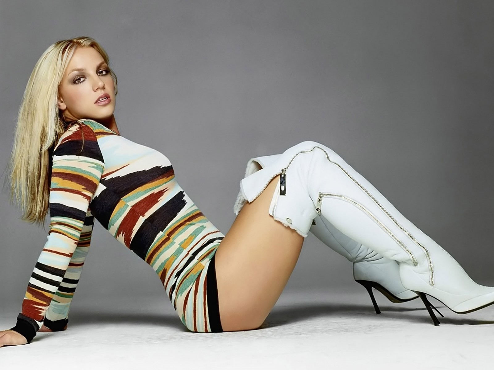 1600x1200 Britney Spears hot wallpaper 1600x1200 Resolution Wallpaper, HD  Celebrities 4K Wallpapers, Images, Photos and Background - Wallpapers Den