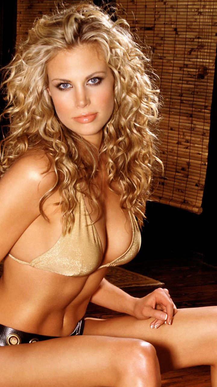 brooke burns nude photoshoot pics