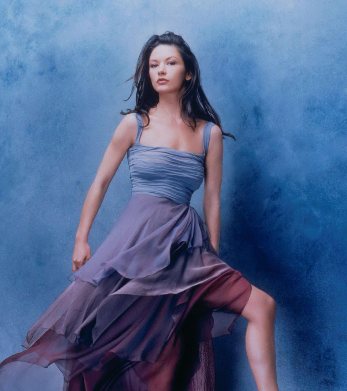 28+ Catherine Zeta-Jones Sexy  Gif