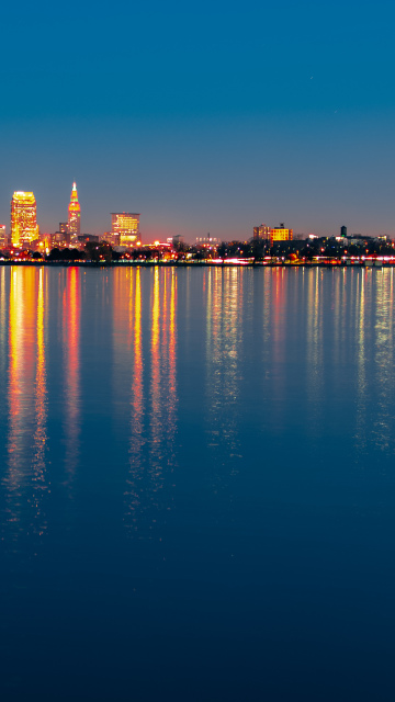 Cleveland City Night Light Wallpaper in 360x640 Resolution