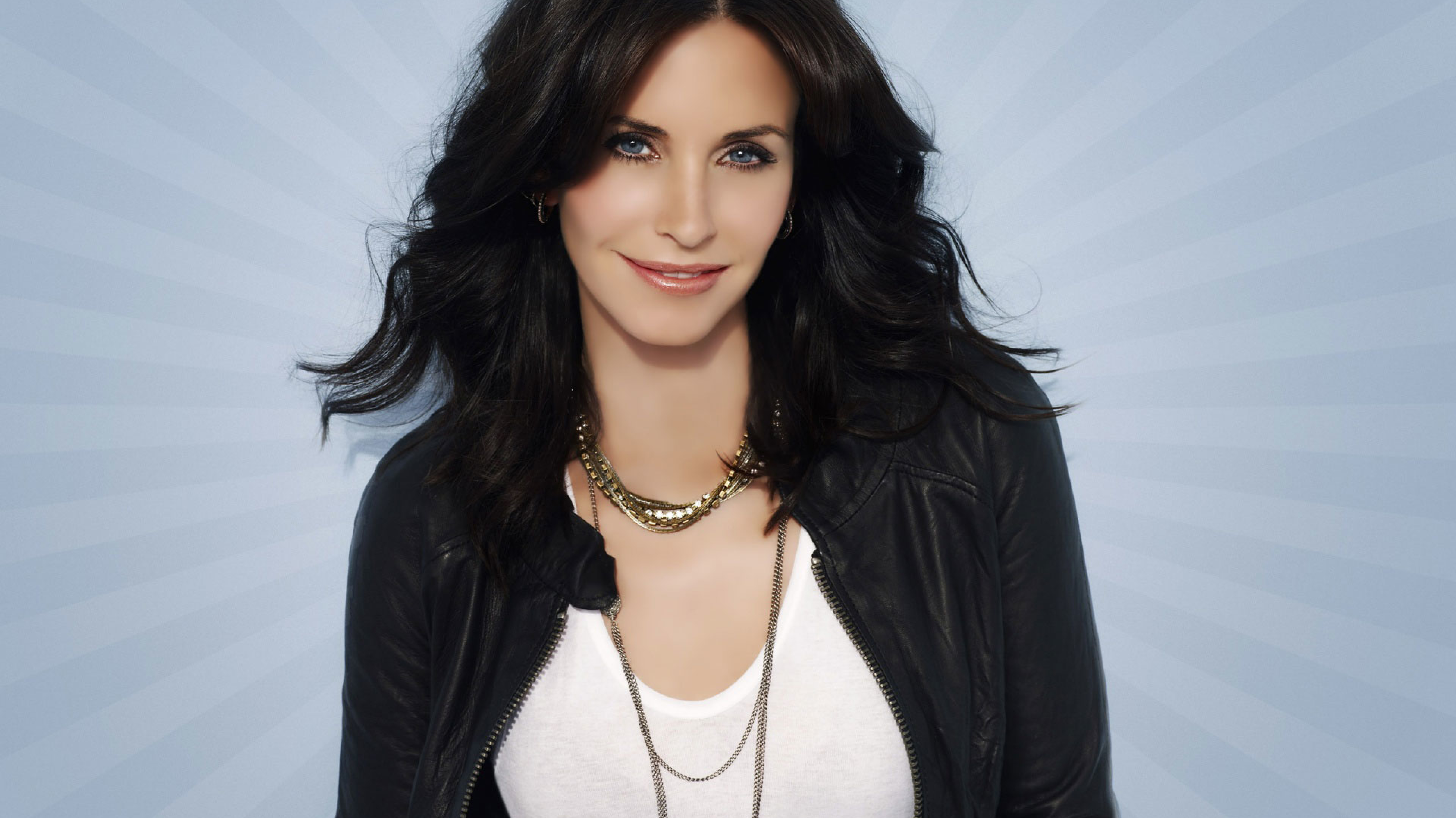 Courtney Cox Smile Photoshoot Full Hd Wallpaper