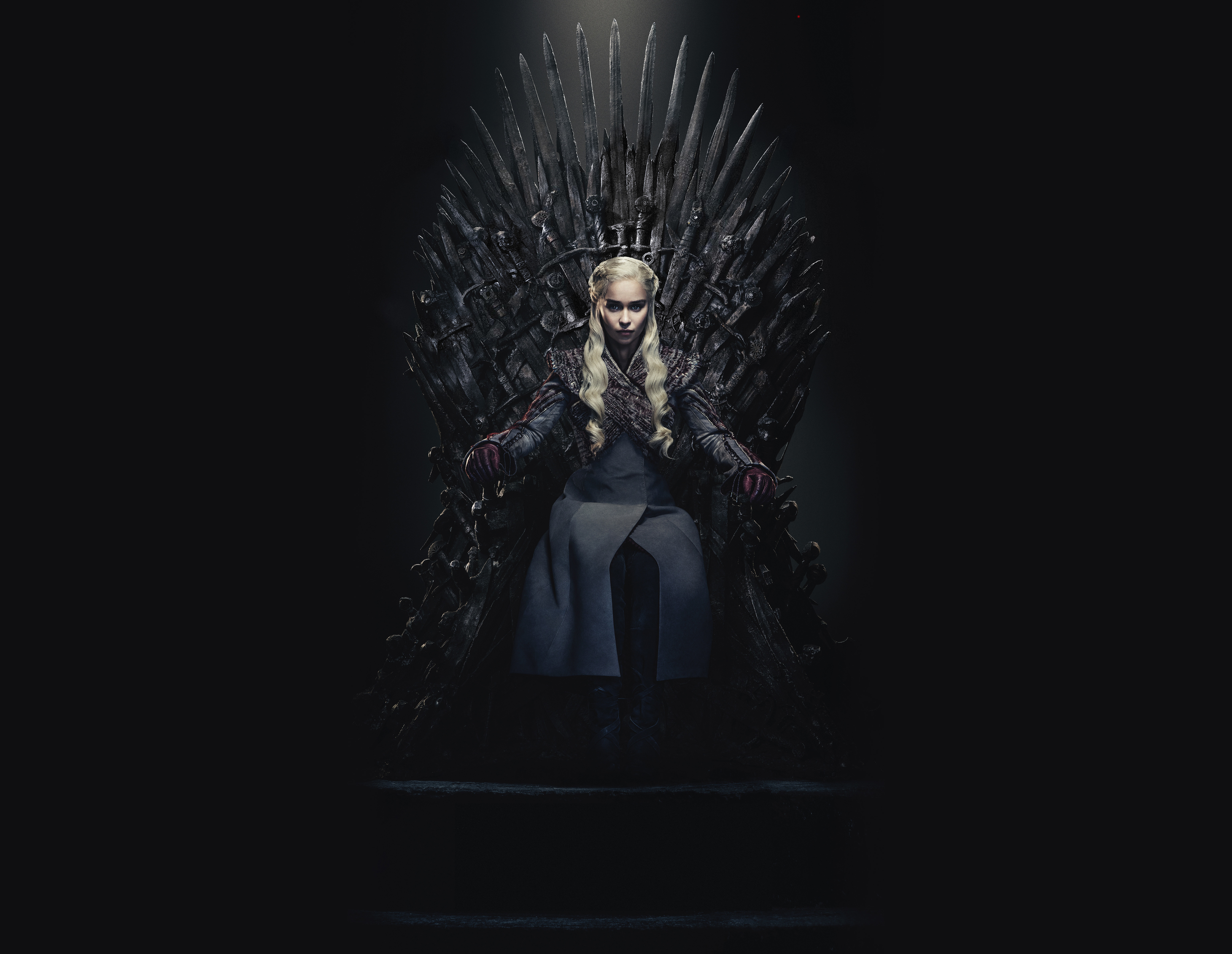 Daenerys Targaryen Queen Of the Ashes in The Iron Throne ...