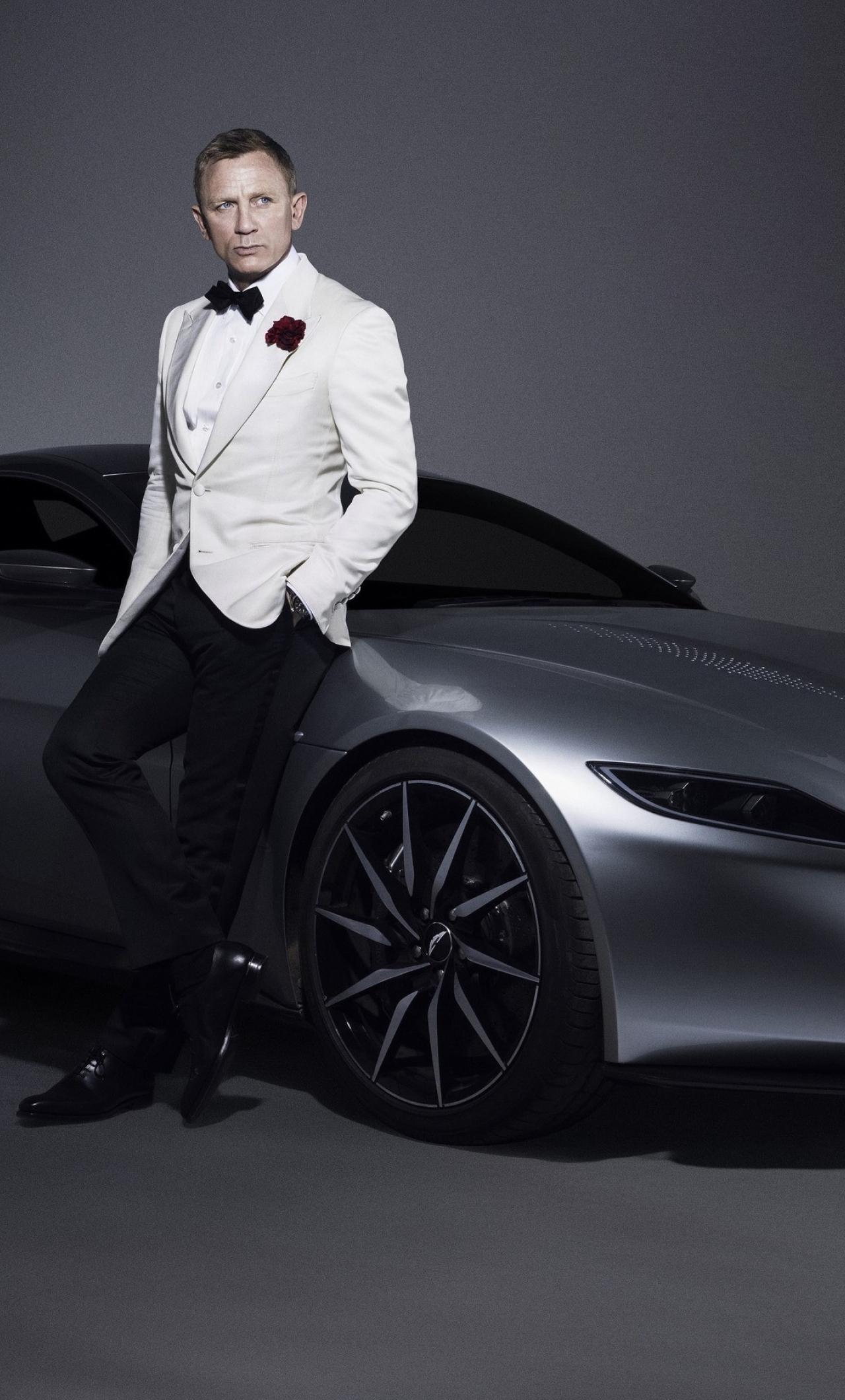 Daniel craig 007 james bond aston martin car photoshoot - 007 wallpaper 4k ...