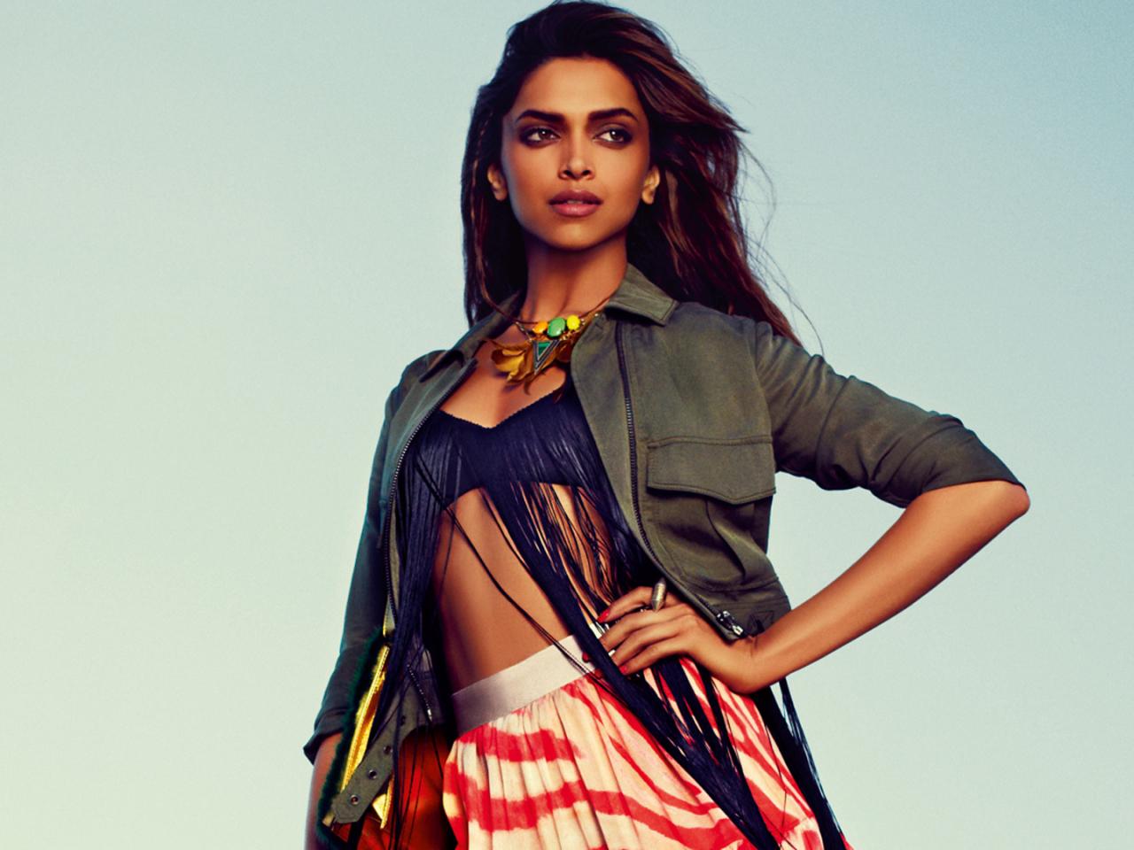 Deepika From Padmavat Hd Wallpaper: Deepika Padukone Bollywood Heroine, Full HD Wallpaper