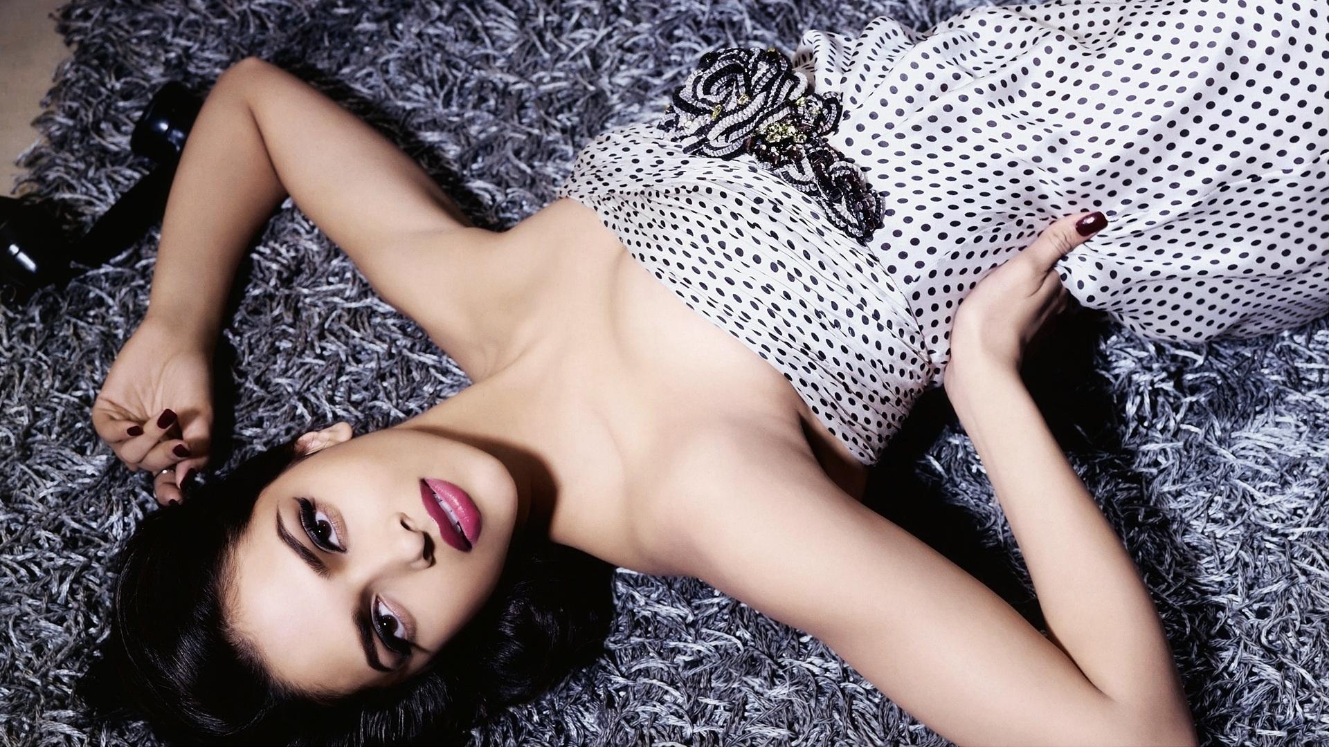 1920x1080 Deepika Padukone Hot Bollywood Actress 1080p Laptop Full Hd Wallpaper Hd Indian Celebrities 4k Wallpapers Images Photos And Background Wallpapers Den