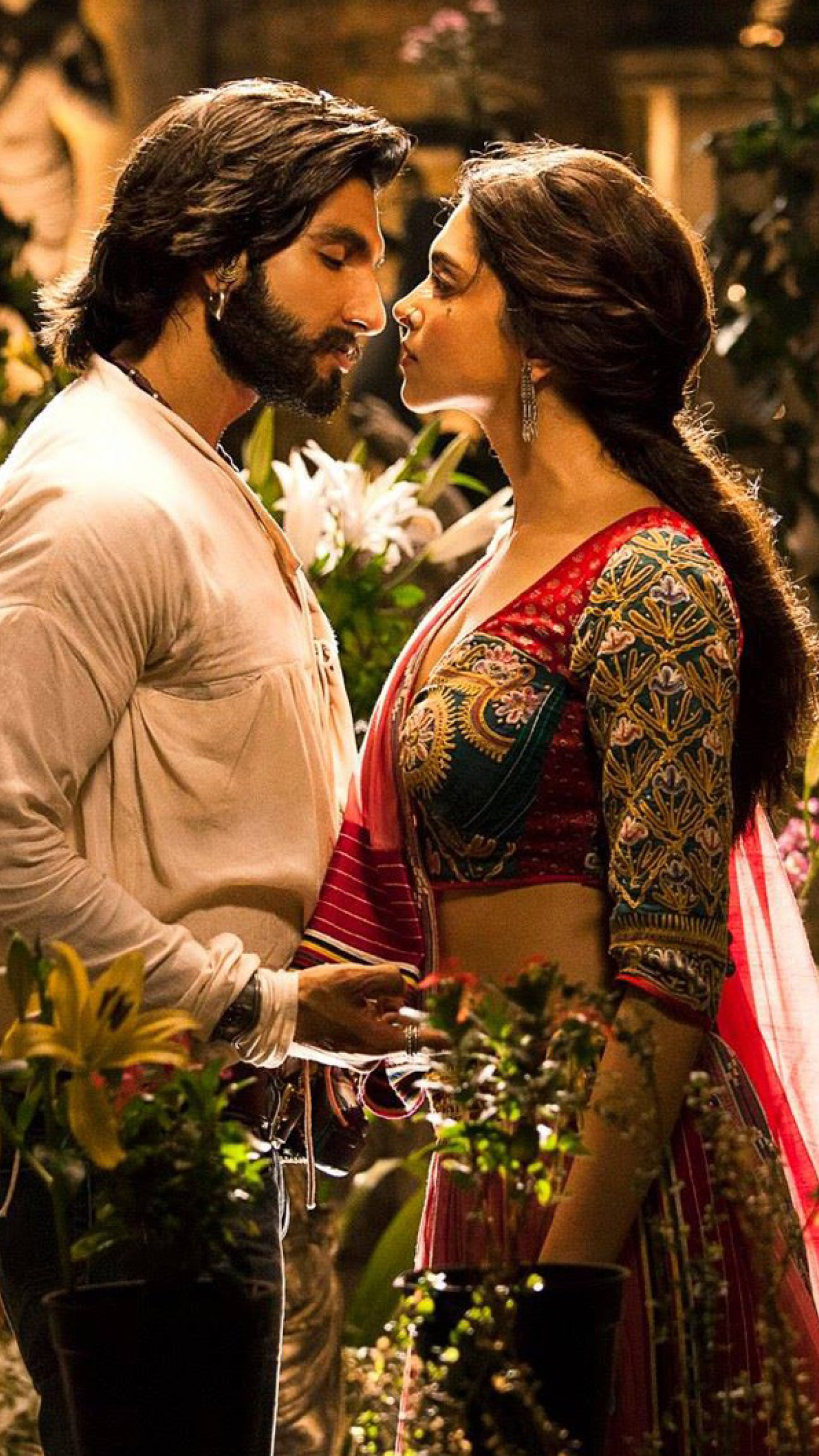 Deepika Padukone In Ram Leela, Full HD Wallpaper