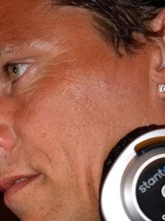 240x320 dj tiesto, face, headphones Android Mobile, Nokia