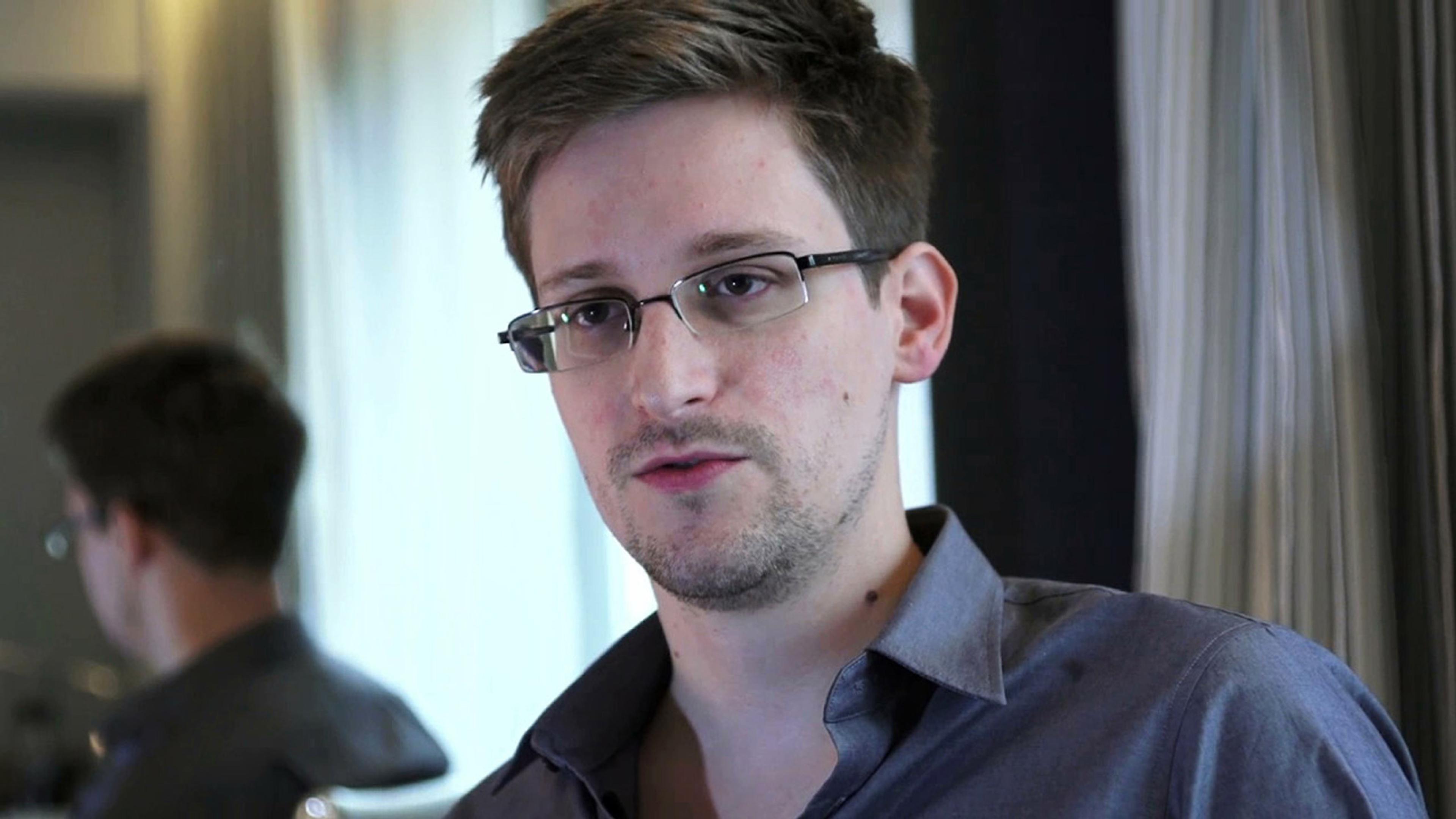 3840x2160 Edward Snowden American Technician Cia 4k