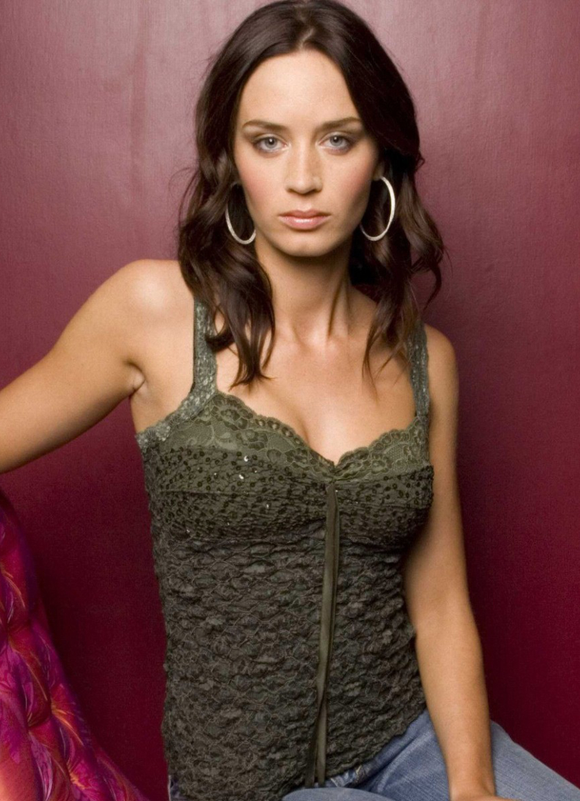 Emily Blunt Sexy Photoshoot, Full Hd Wallpaper-7786