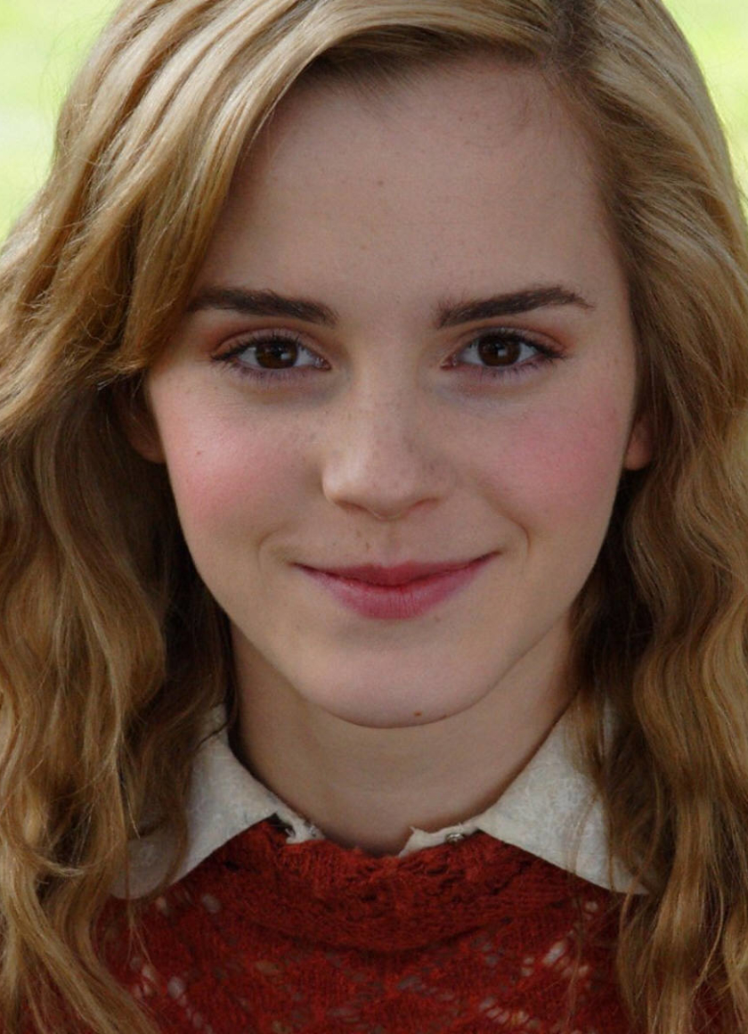 Download emma watson smile red look 5120x2880 resolution - Emma watson wallpaper free download ...