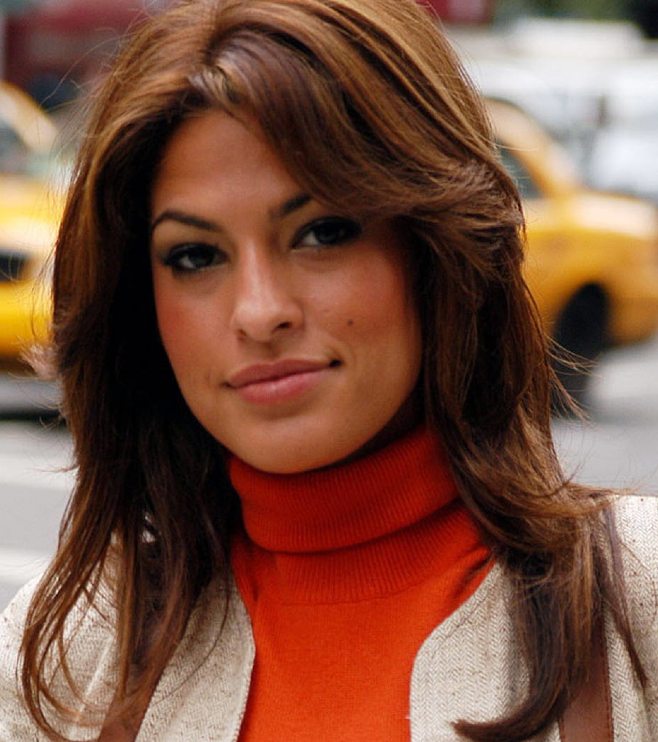 Free Eve Mendes
