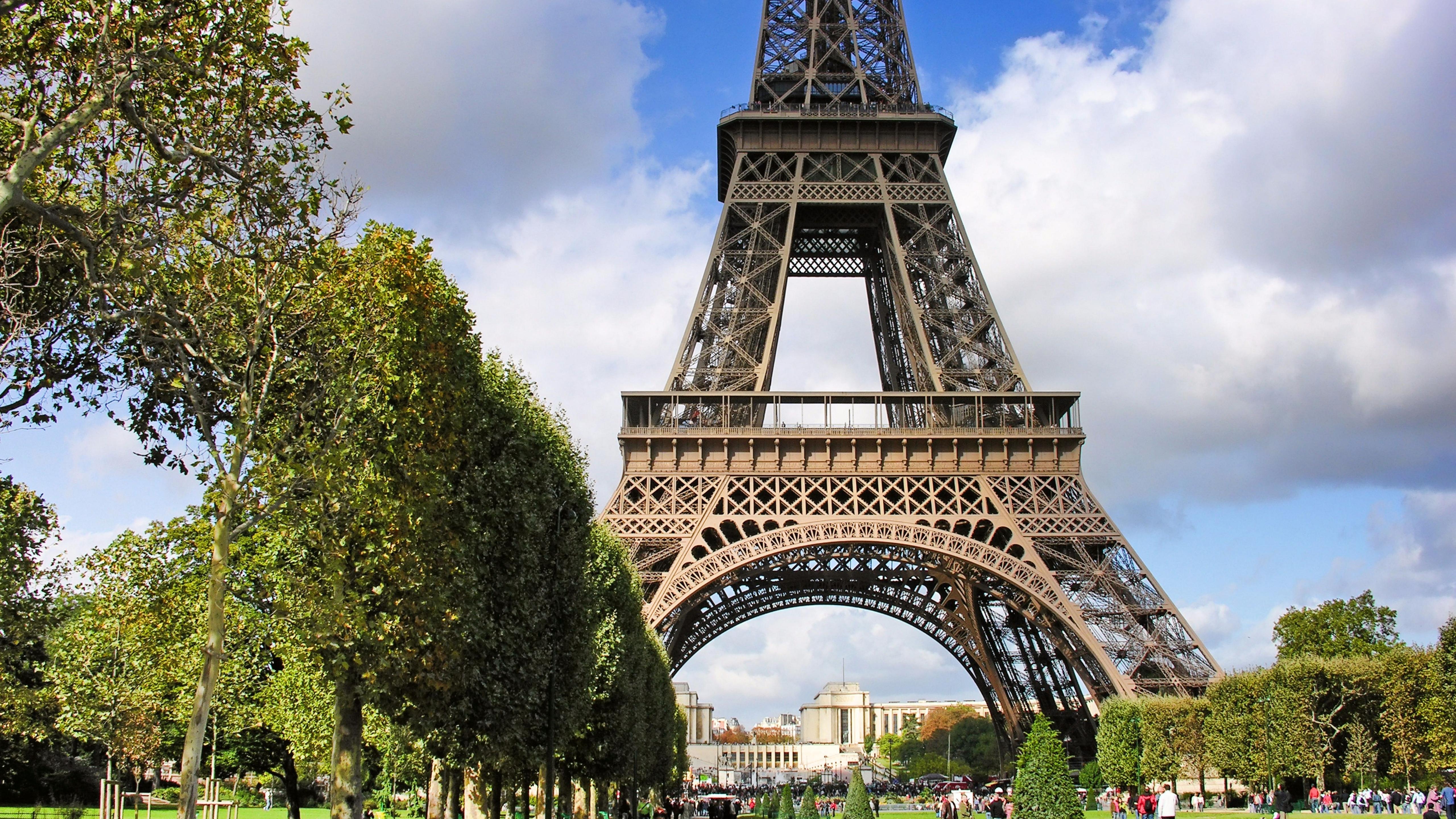 5120x2880 France Paris Champs De Mars 5K Wallpaper HD