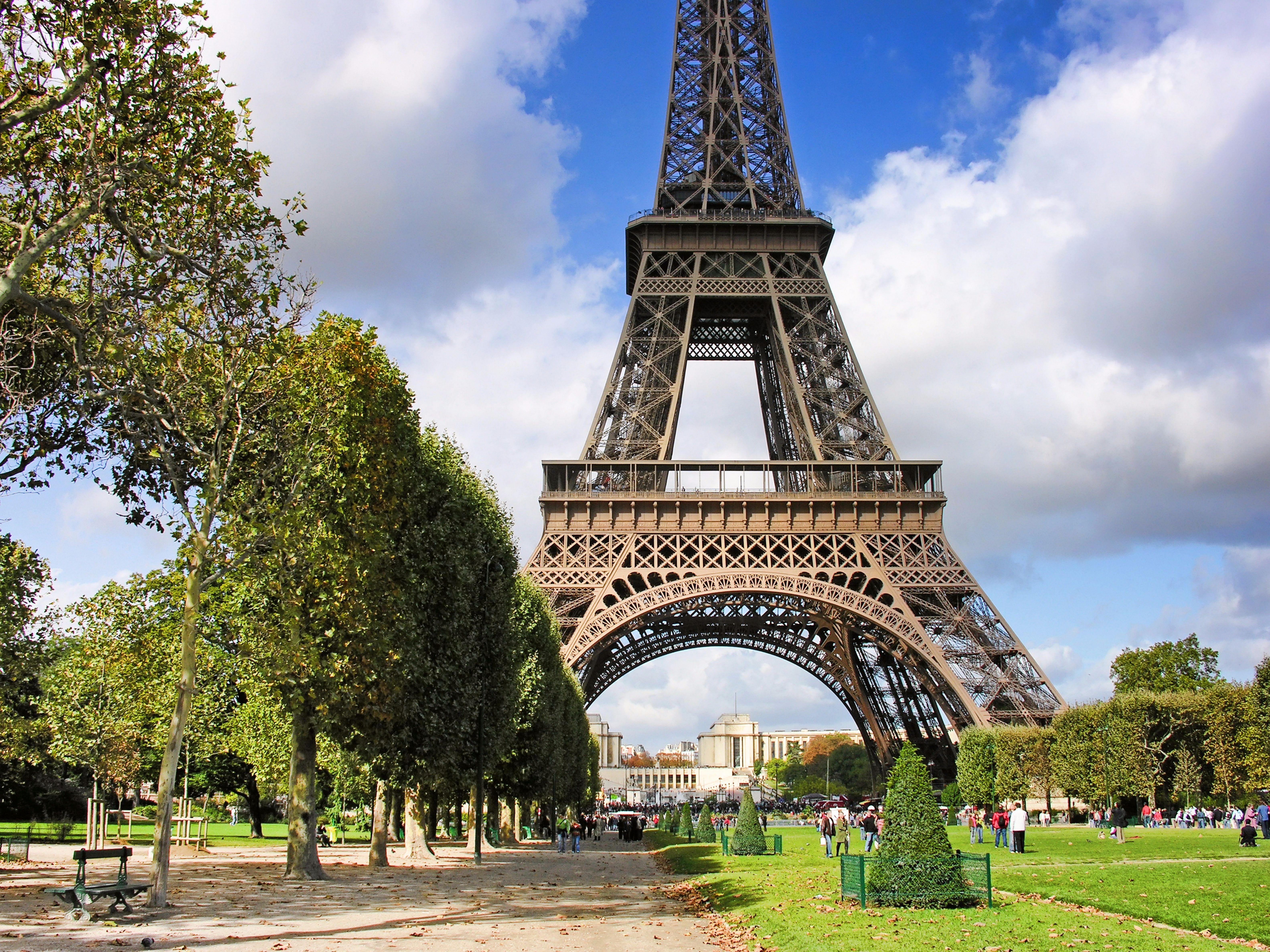 5120x2880 France Paris Champs De Mars 5k Wallpaper Hd City 4k Wallpapers Images Photos And Background