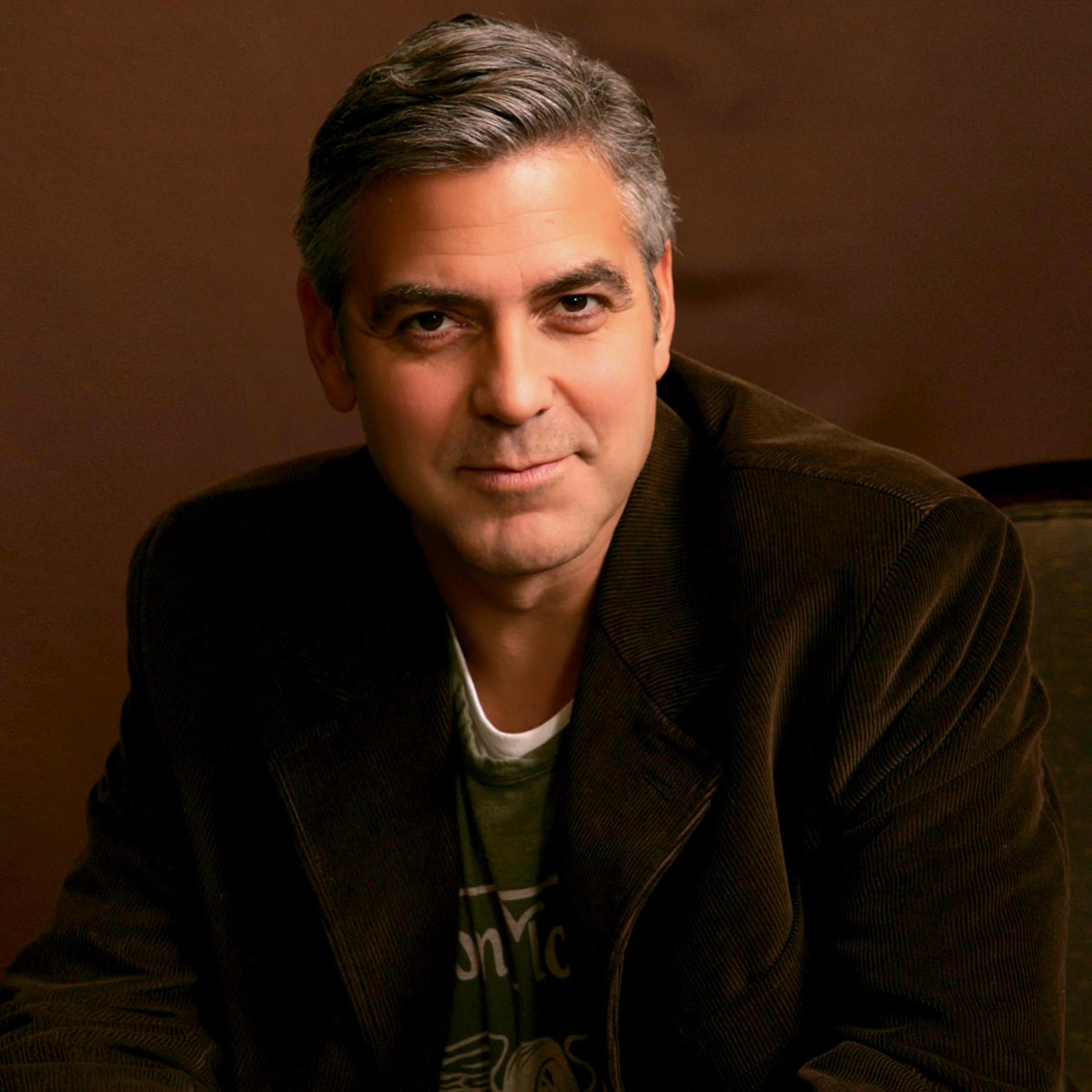 2932x2932 George Clooney Rare Images Ipad Pro Retina