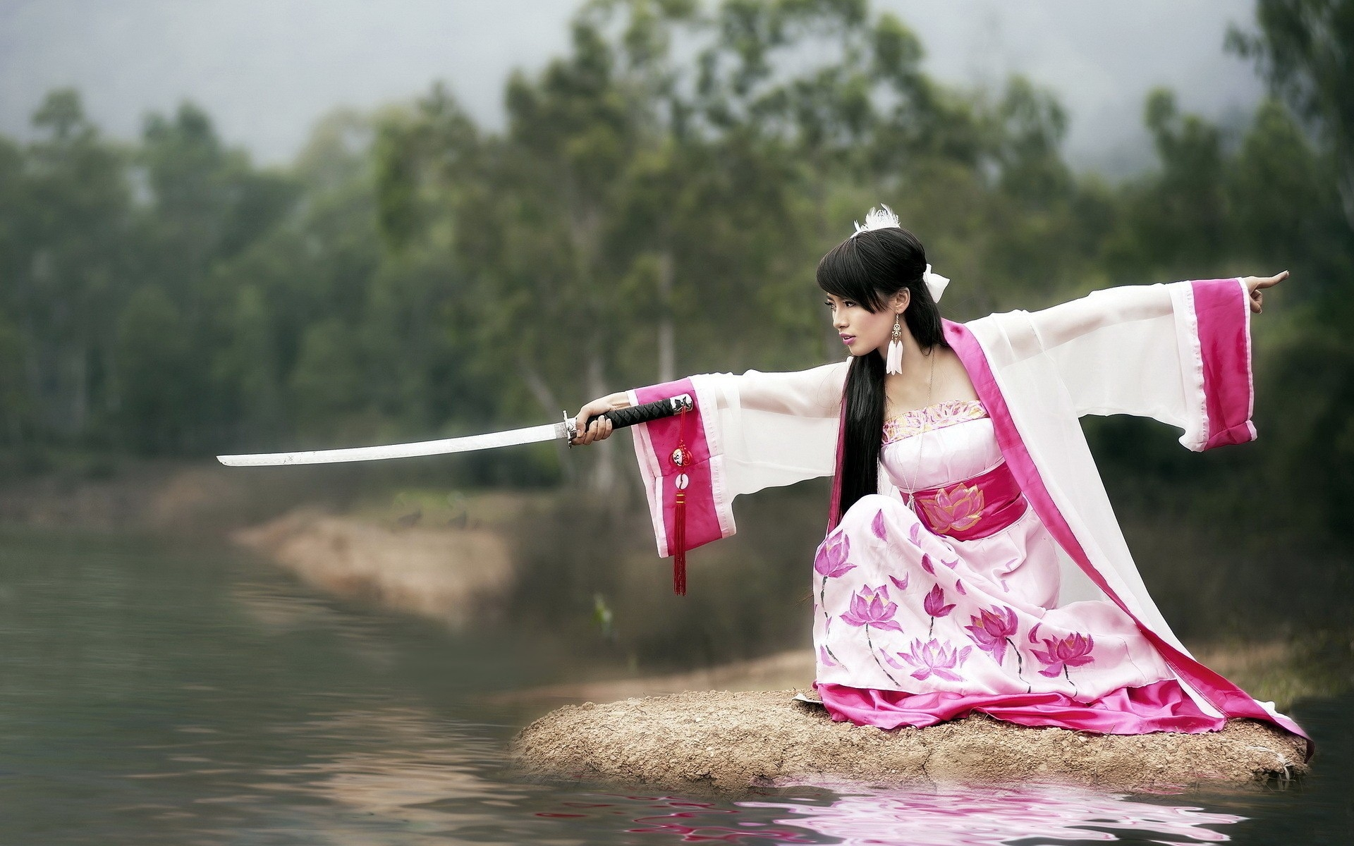 2560x1080 Girl Samurai Sword 2560x1080 Resolution