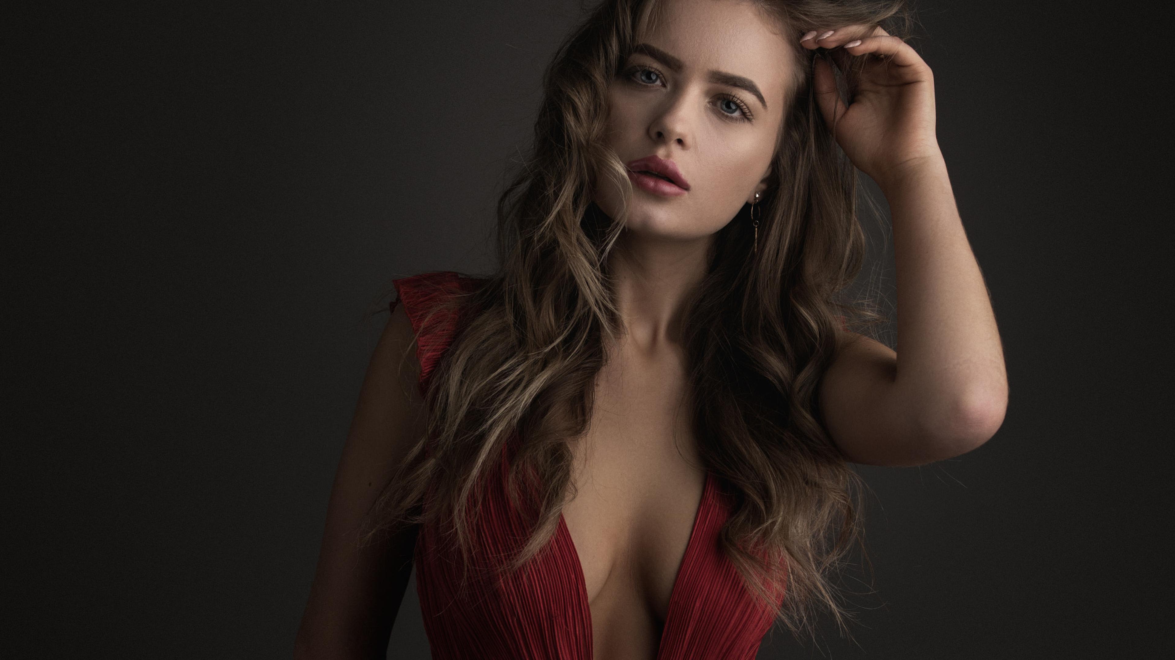 Hot nake woman