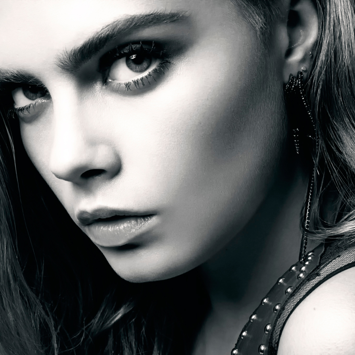 Hot cara delevingne black and white full hd 2k wallpaper - Cara delevingne iphone wallpaper ...