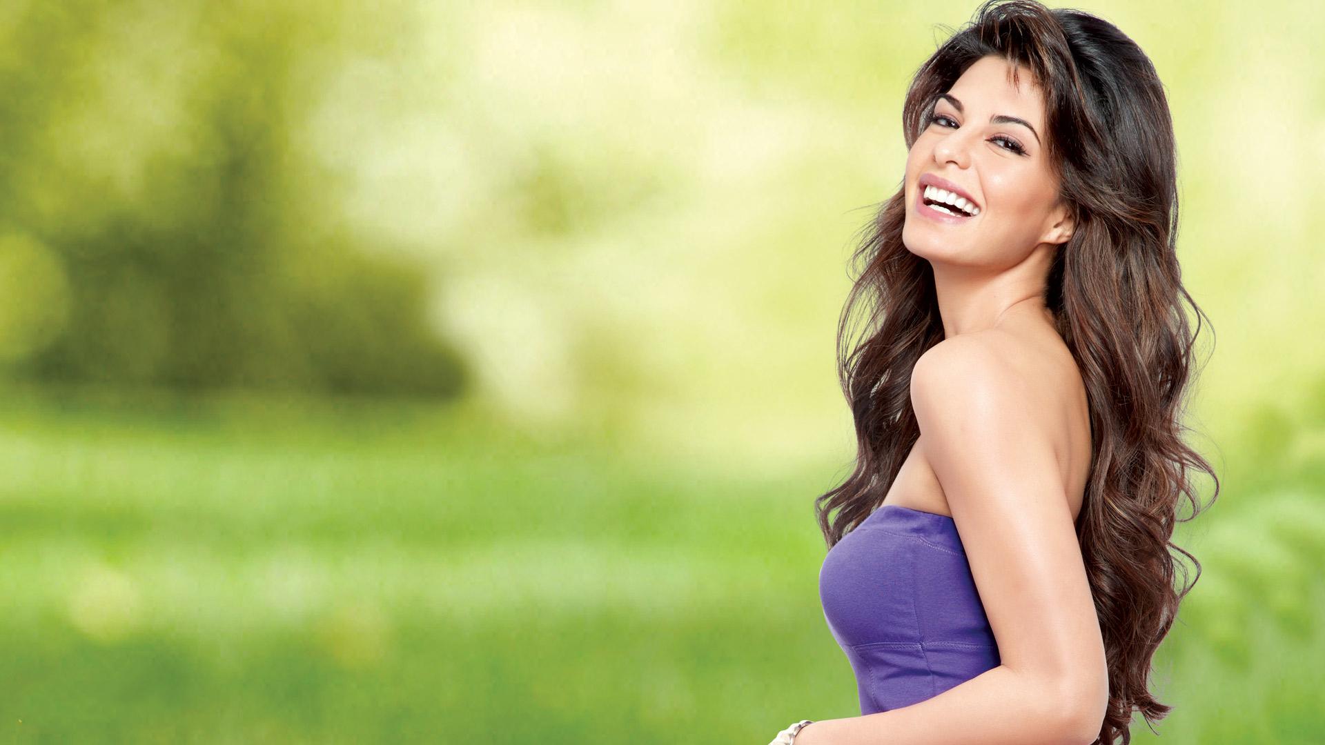 download jacqueline fernandez fabulous smile photoshoot 1280x800
