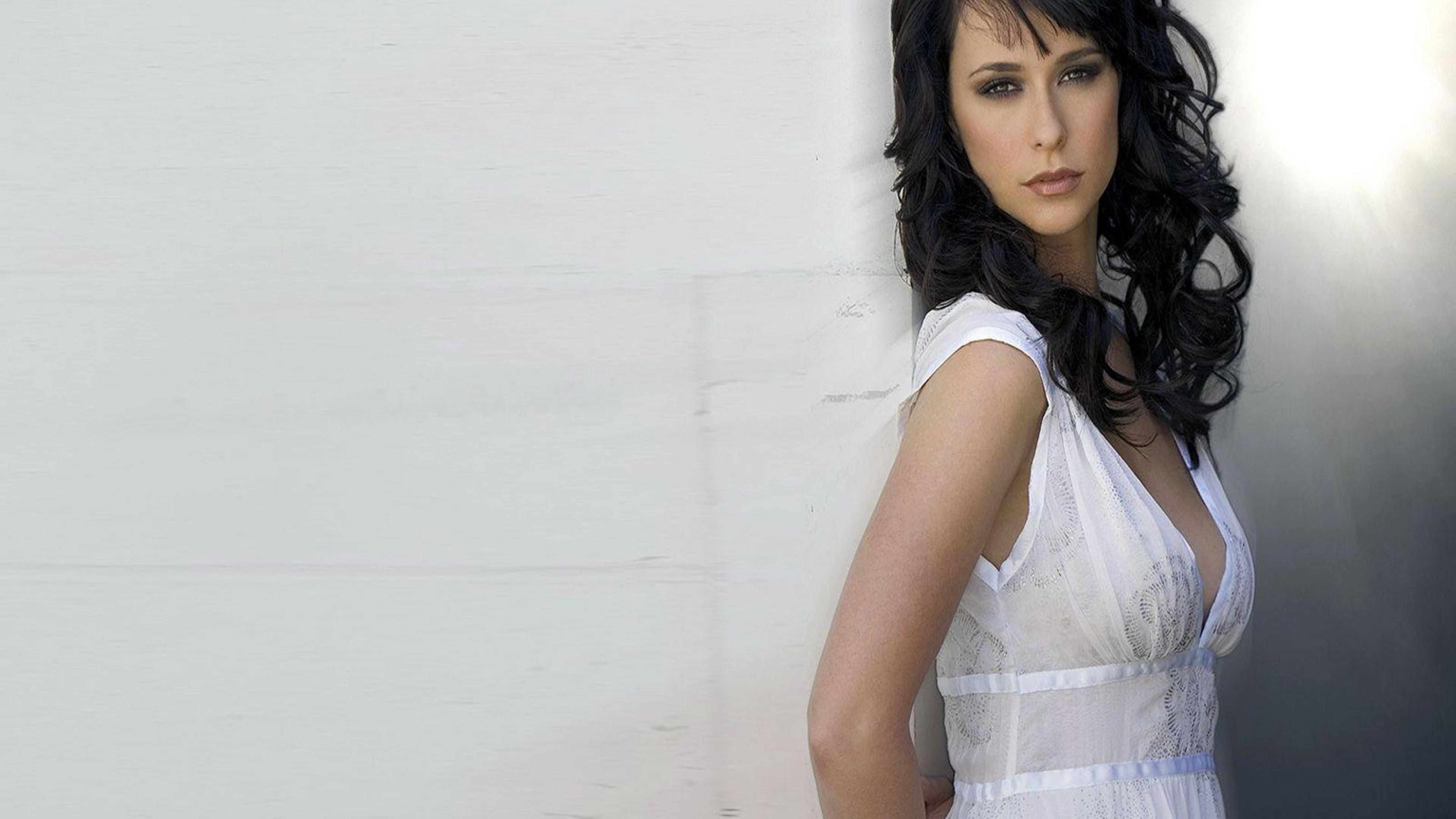 5120x2880 Jennifer Love Hewitt Movie Shooting 5k Wallpaper Hd