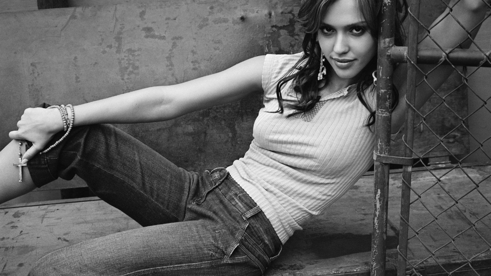 1920x1080 Jessica Alba Black And White Wallpapers 1080p Laptop