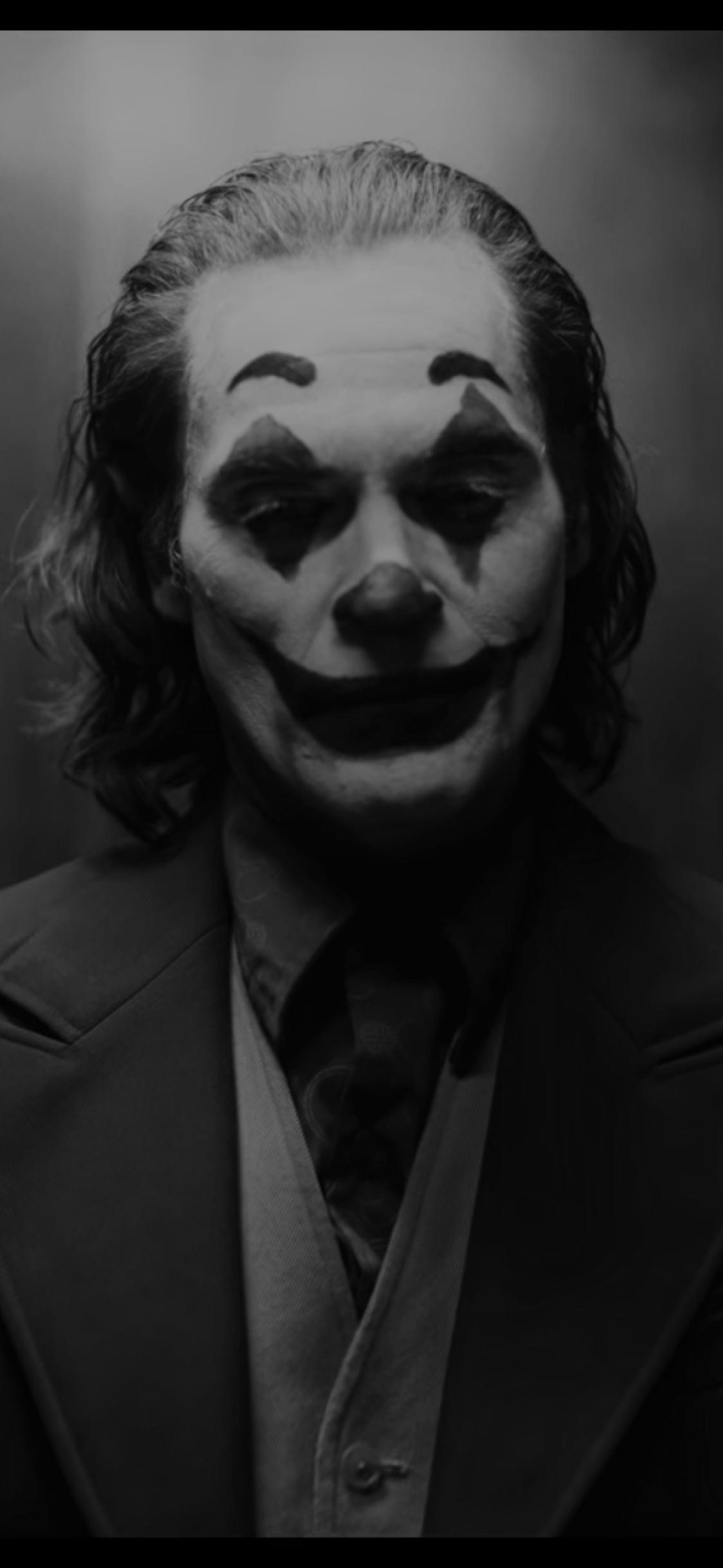 1125x2436 Joaquin Phoenix As Joker Monochrome Iphone Xs