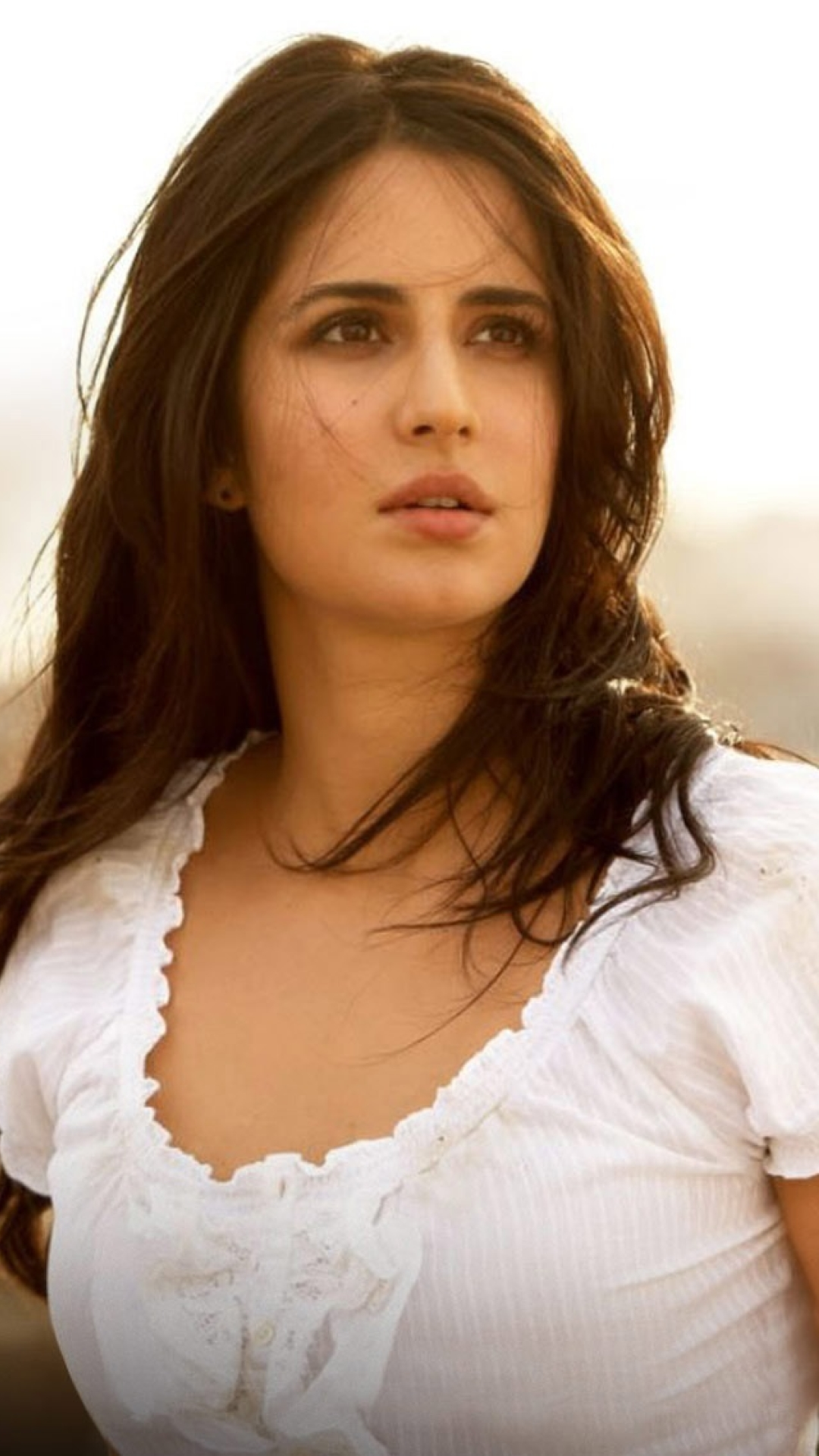 download katrina kaif in ek tha tiger 1080x1920 resolution, full hd