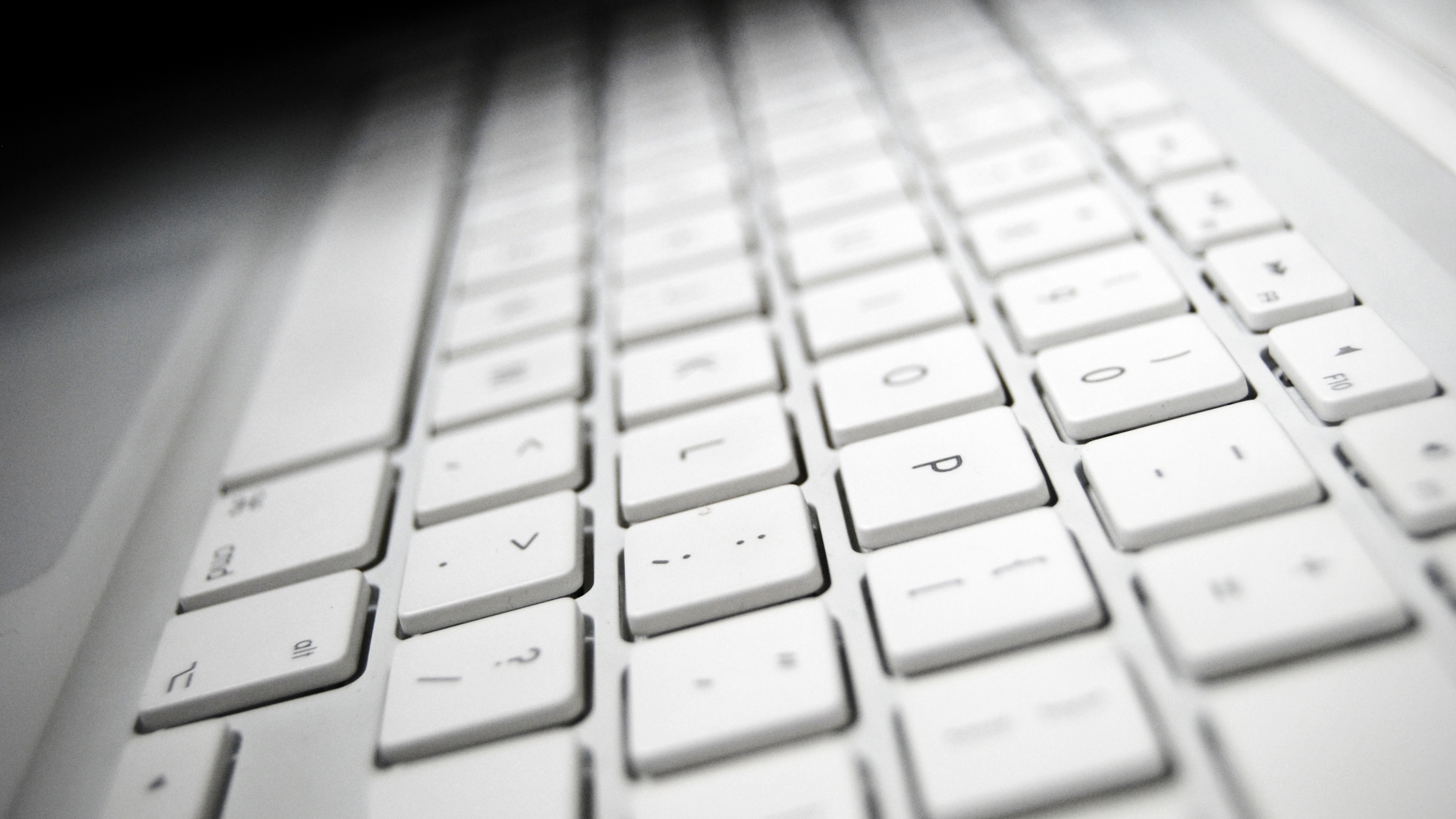 3840x2160 Keyboard White Mac 4k Wallpaper Hd Hi Tech 4k Wallpapers Images Photos And Background