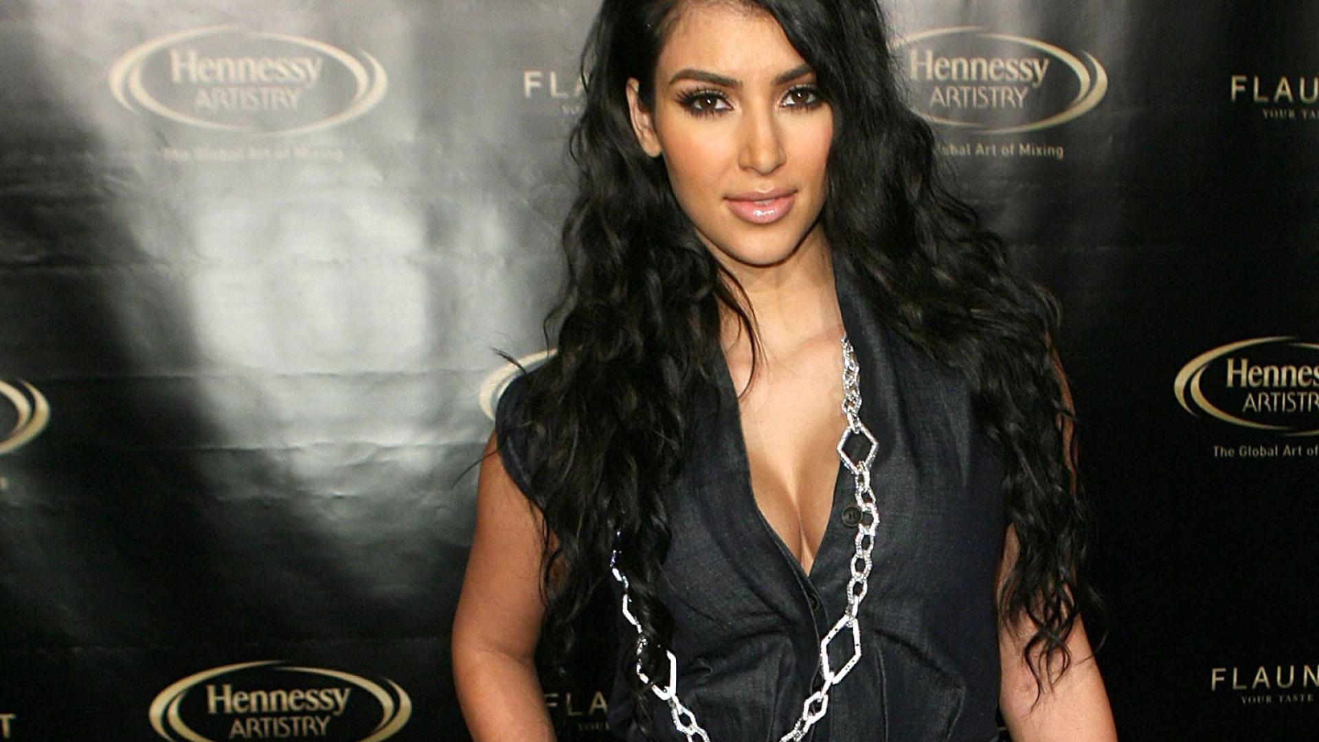 1920x1080 Kim Kardashian Hot Photos 1080p Laptop Full Hd