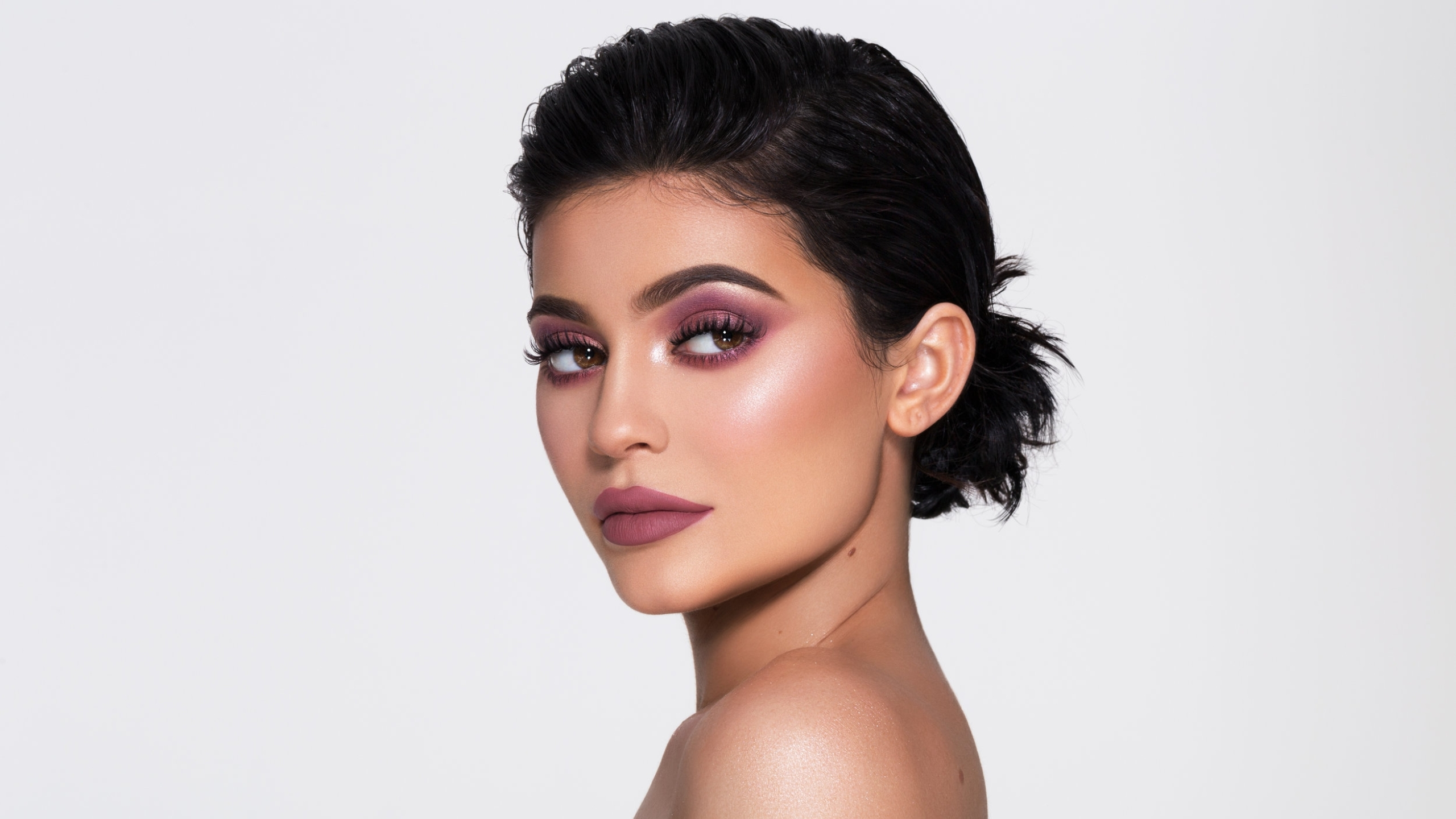 Kylie Jenner 2017 Hd Wallpapers: Download Kylie Jenner Cosmetics Campaign 2017 2560x1080
