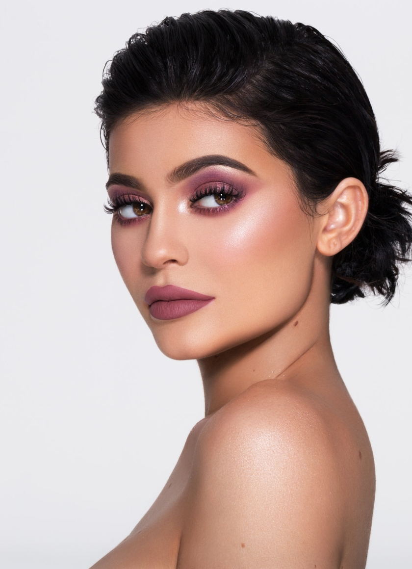 Kylie Jenner Cosmetics Campaign 2017 Full Hd 2k Wallpaper