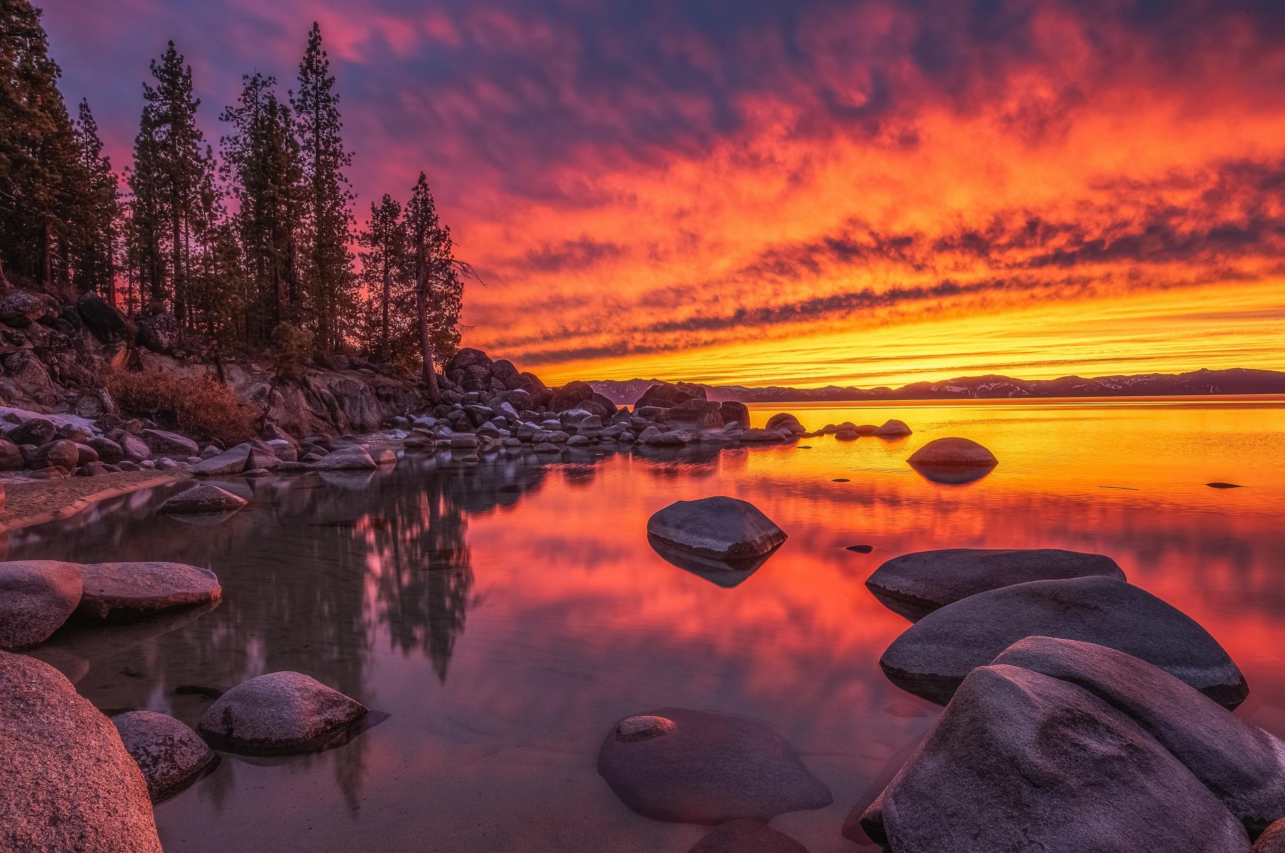 Lake Tahoe Nevada Wallpaper in 2560x1700 Resolution