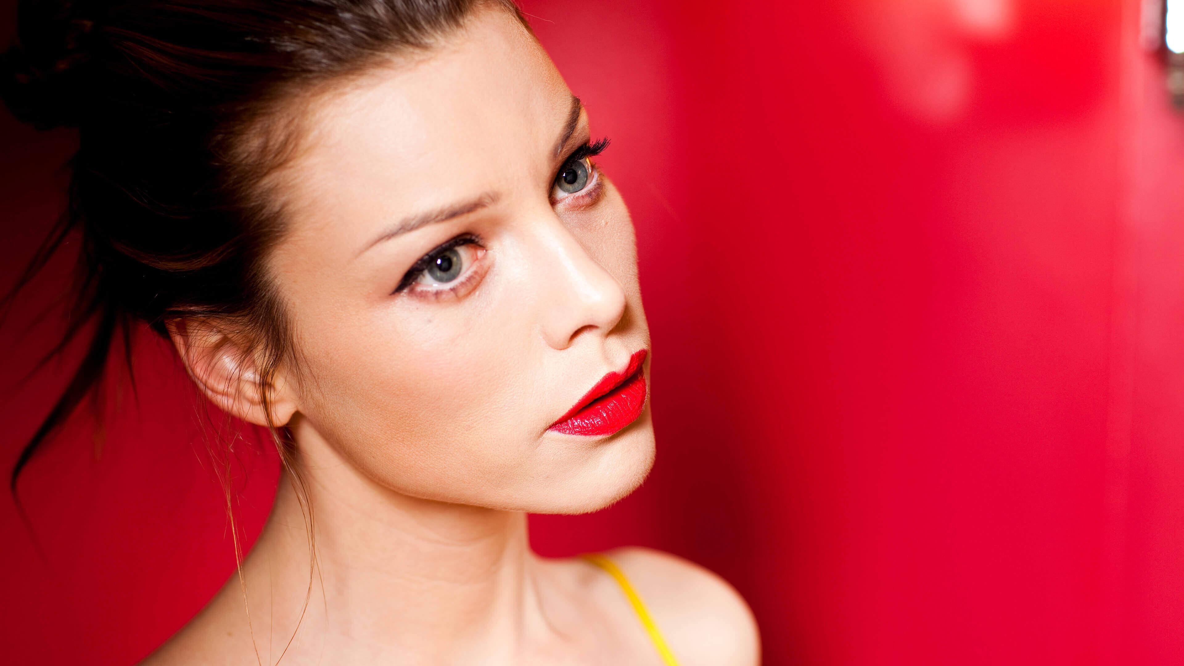 2932x2932 Pubg Android Game 4k Ipad Pro Retina Display Hd: Lauren German Lucifer Actress, HD 4K Wallpaper