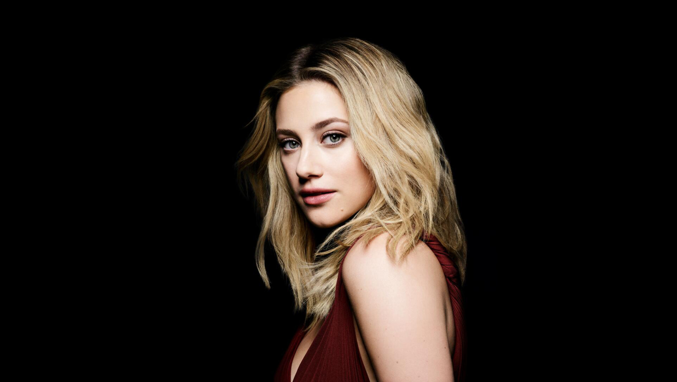 Lili Reinhart New Actress 2021 Wallpaper in 1360x768 Resolution
