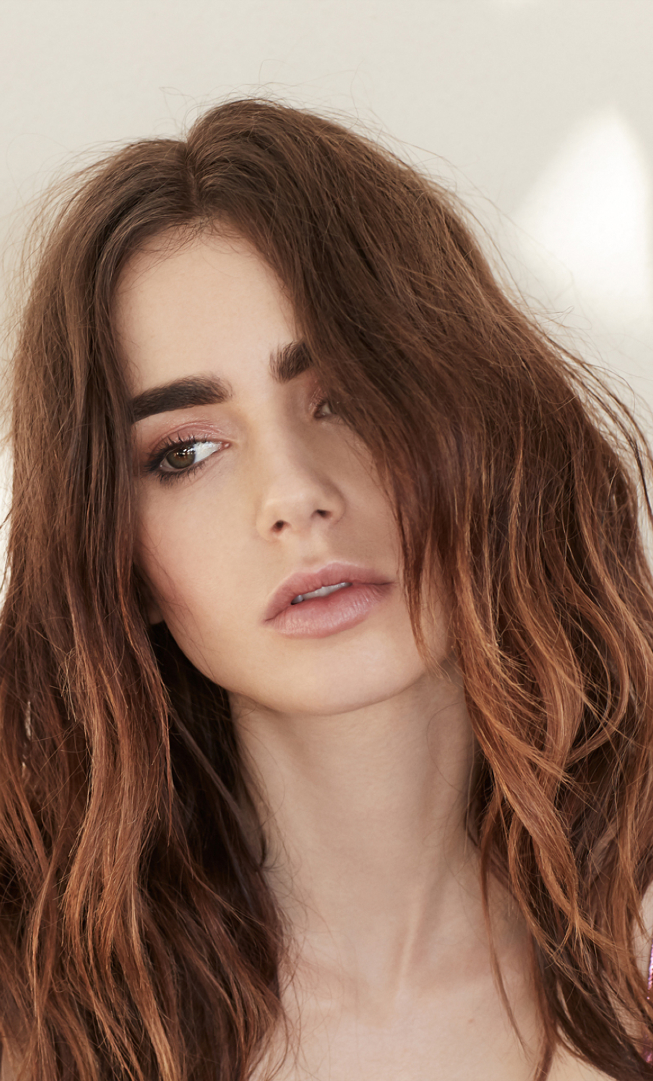 download lily collins for grazia uk magazine 1280x2120 resolution