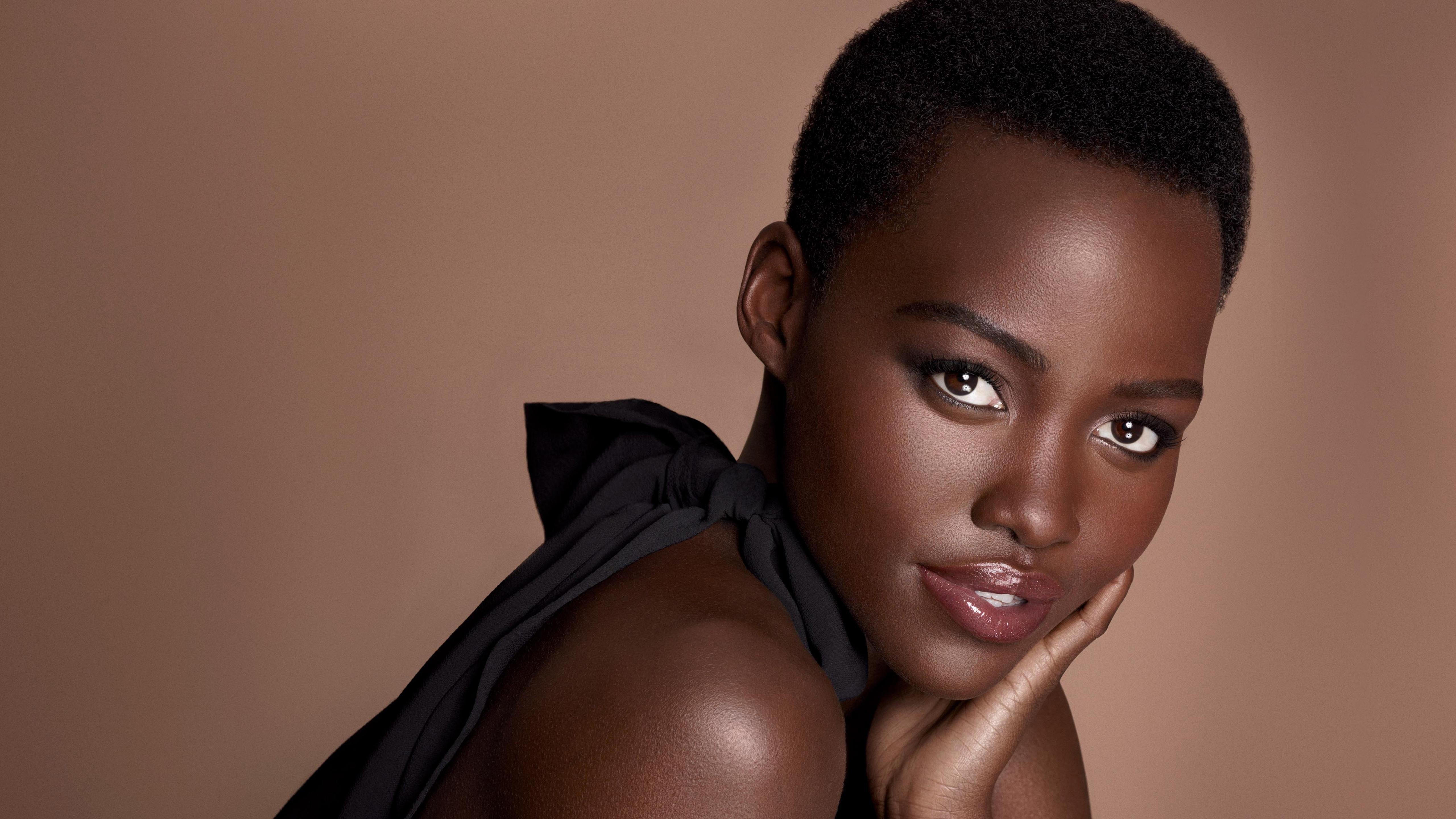 любила красивые темнокожие женщины секса
