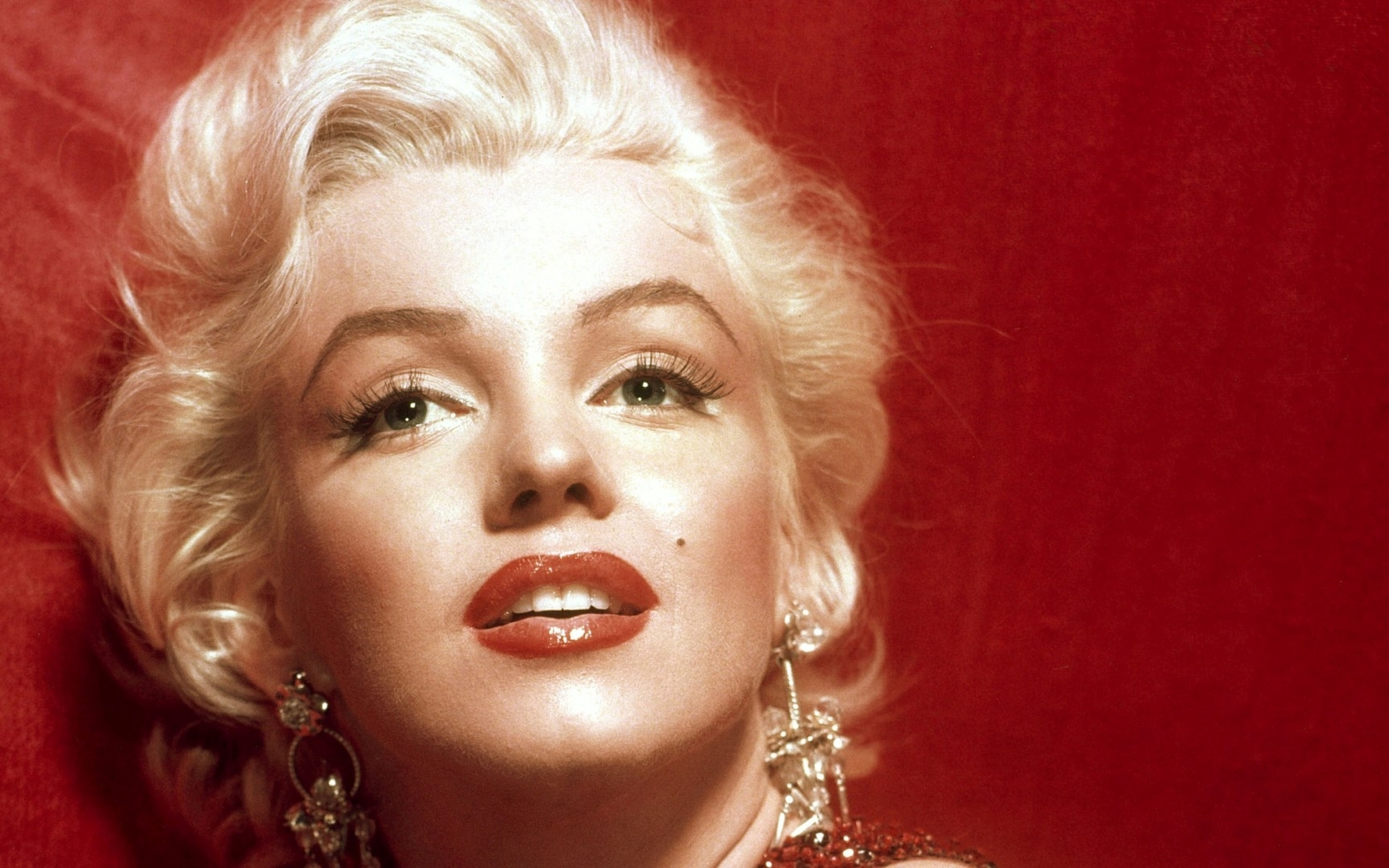 Download marilyn monroe hot eye photoshoot 480x800 resolution full hd wallpaper - Marilyn monroe wallpaper download ...