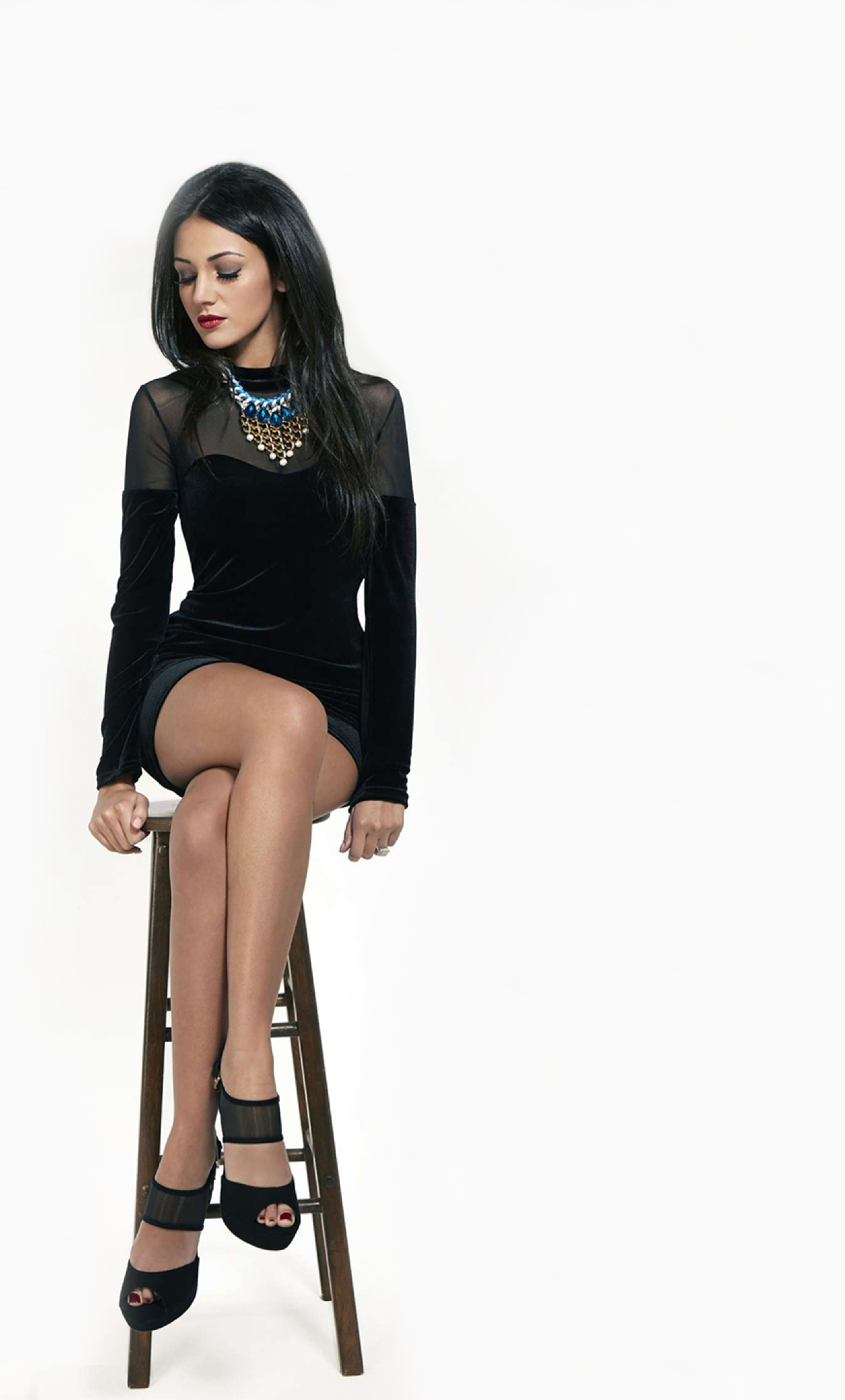 Download Michelle Keegan In Black 320x480 Resolution, Full