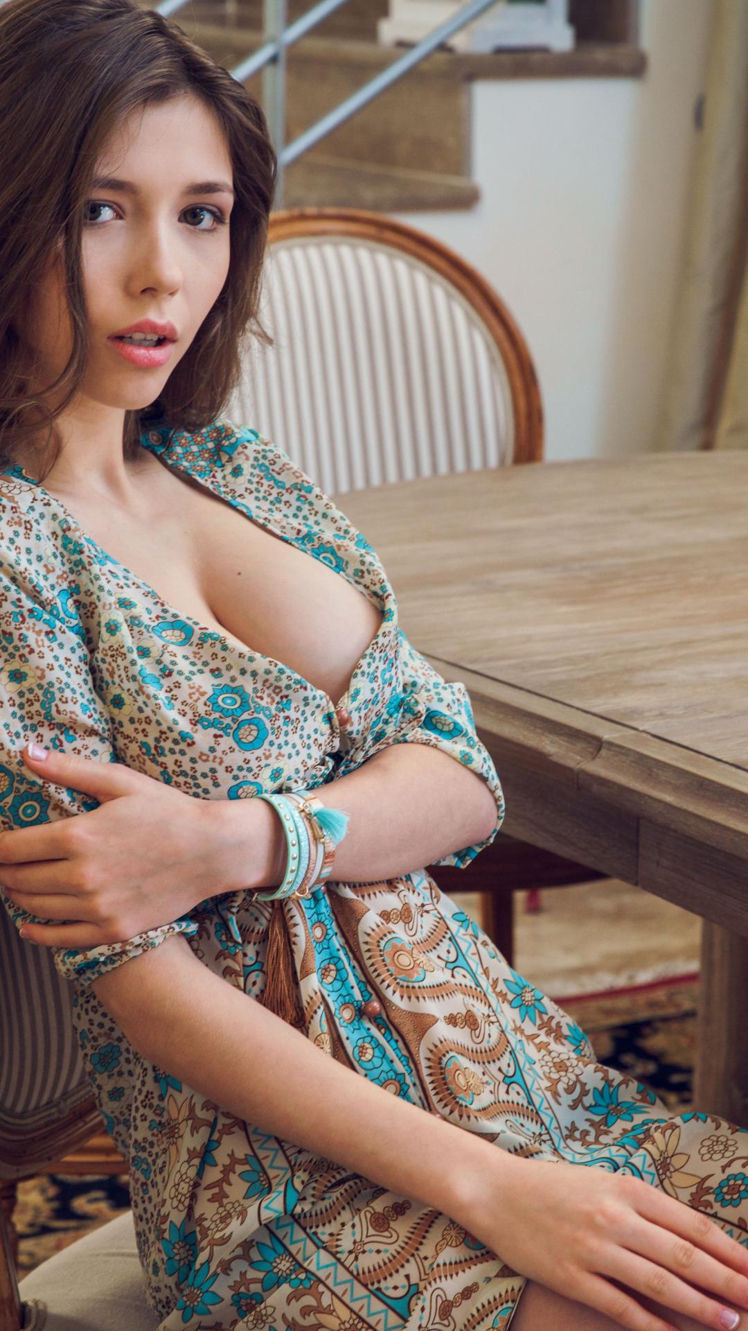 konchini-porno-v-halabude-massazha-smotret-video