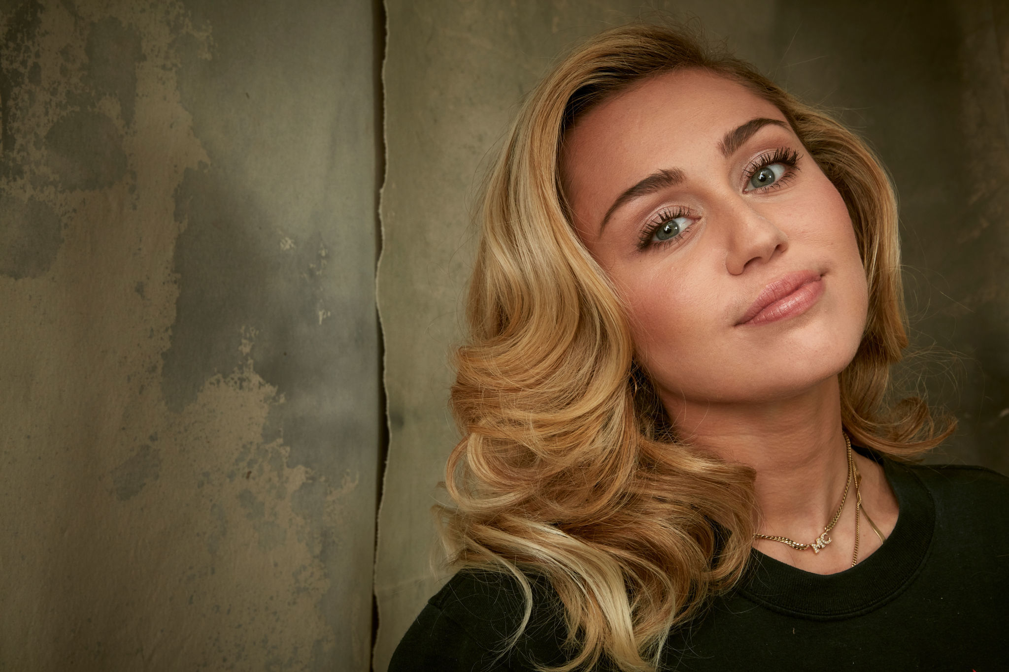 Miley-Cyrus-(1).jpg | Celebrity Pictures
