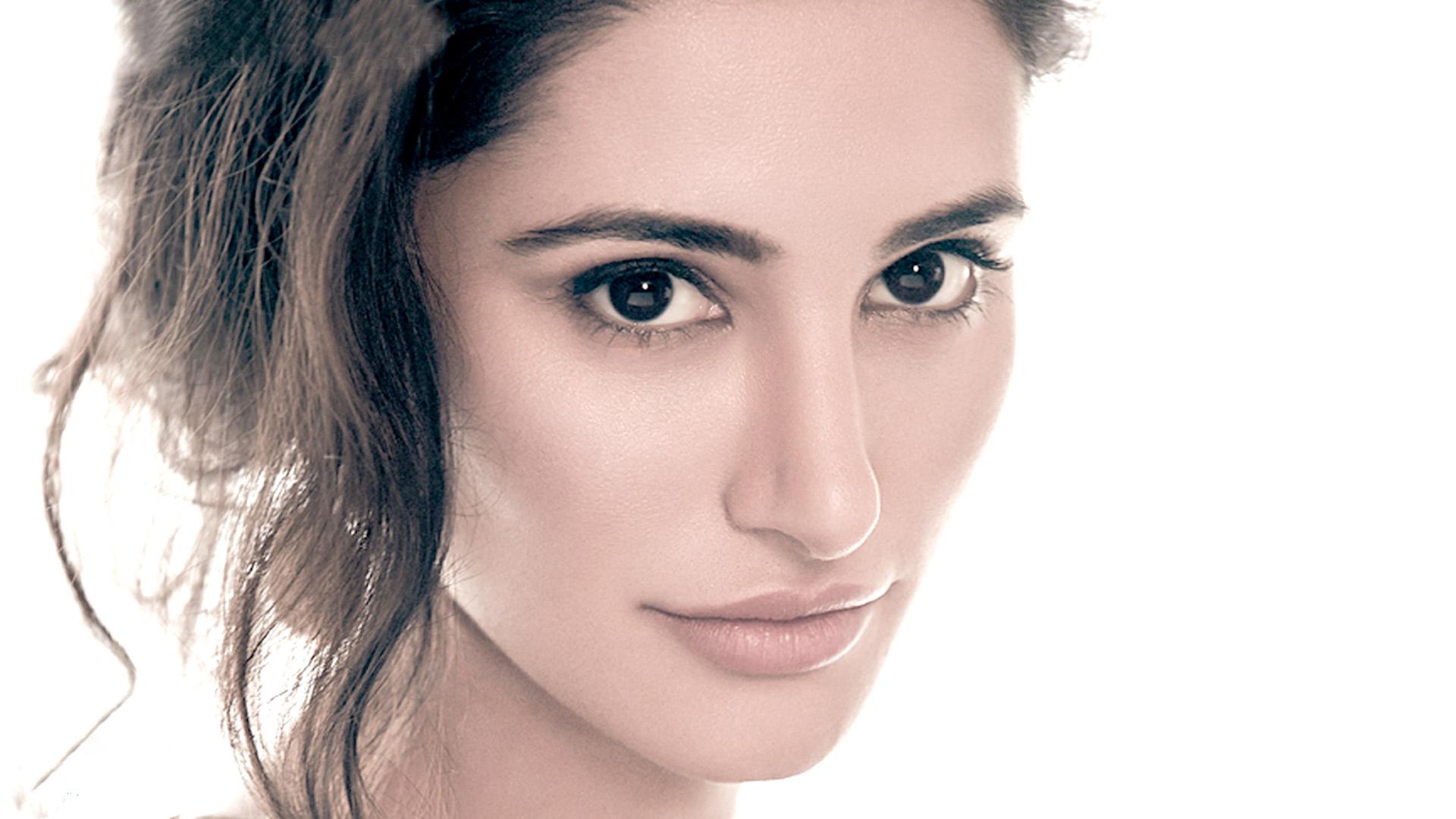 Celebrities Hd Wallpaper Download Nargis Fakhri Hd: Nargis Fakhri New HD Close Up Wallpapers Wallpaper, HD